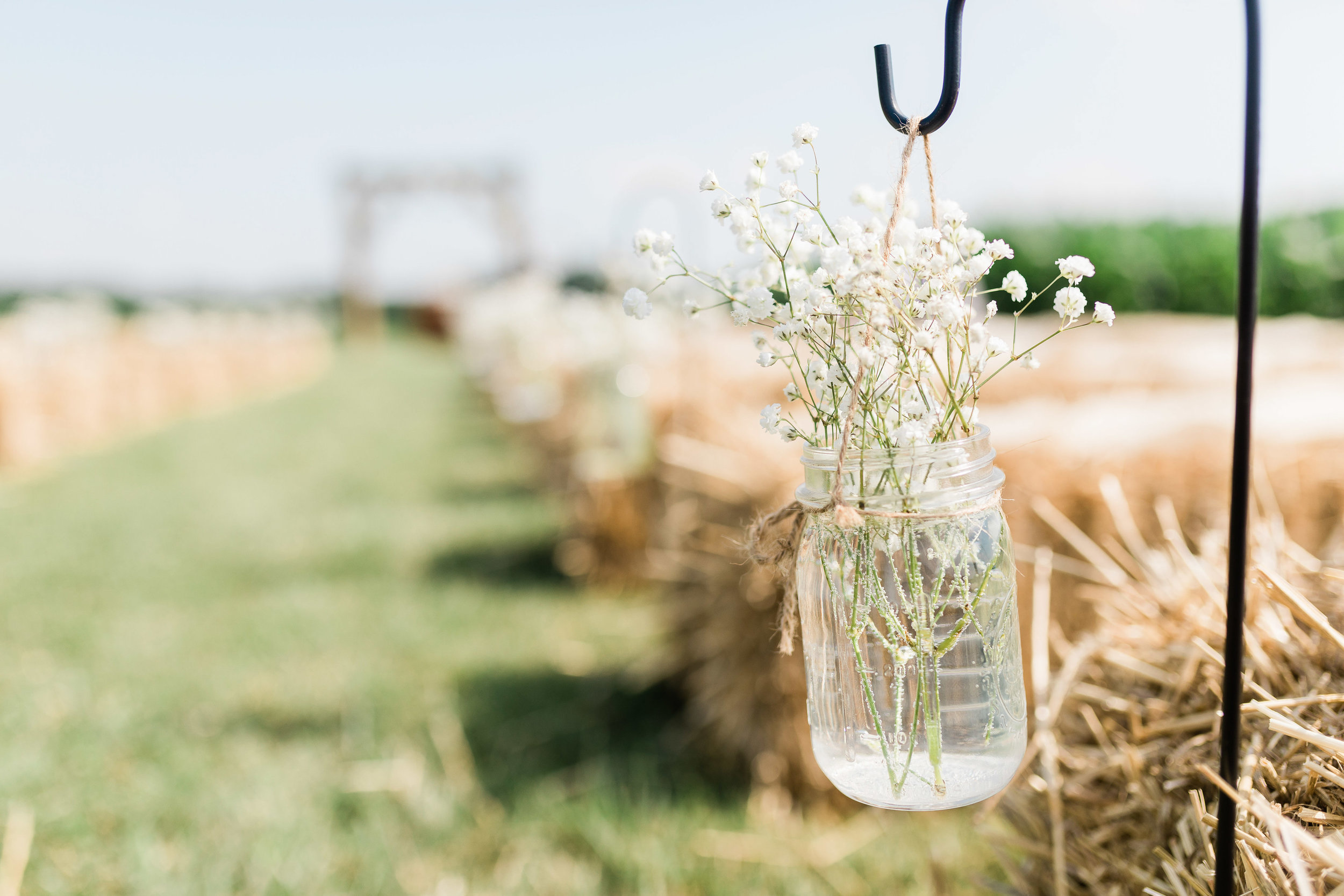 barn wedding blanchester ohio photographer-22.jpg