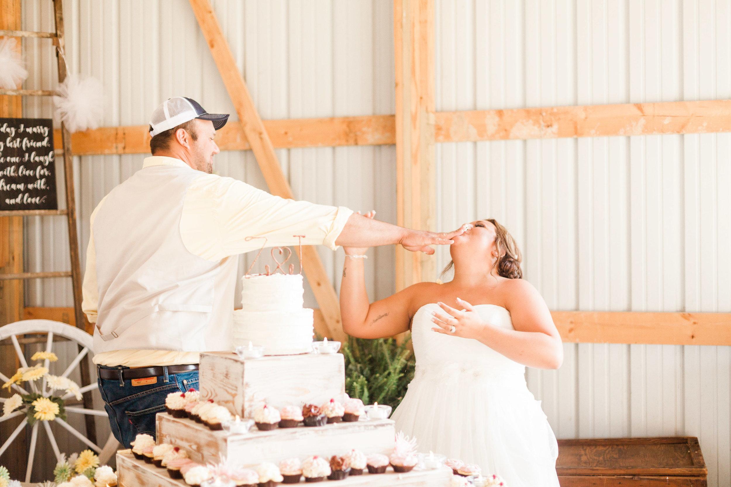 barn wedding blanchester ohio photographer-36.jpg