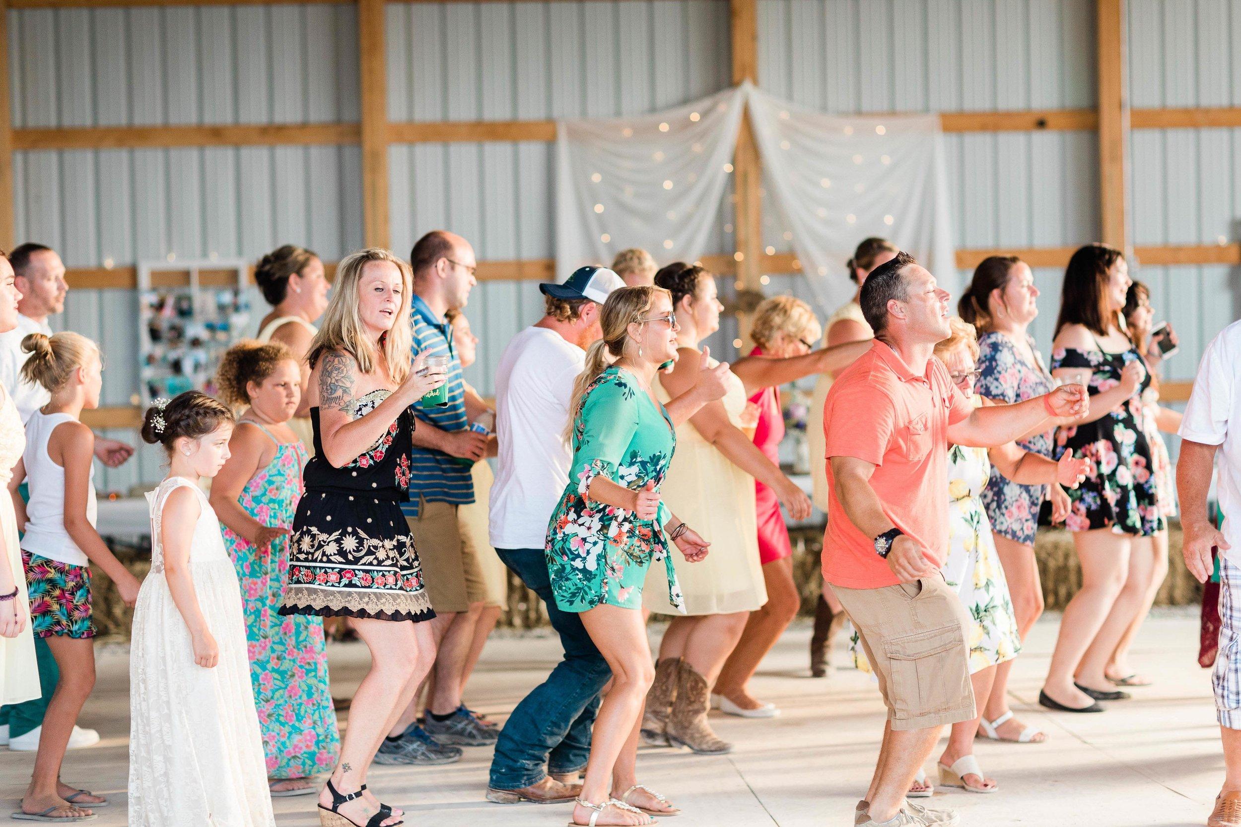 barn wedding blanchester ohio photographer-38.jpg