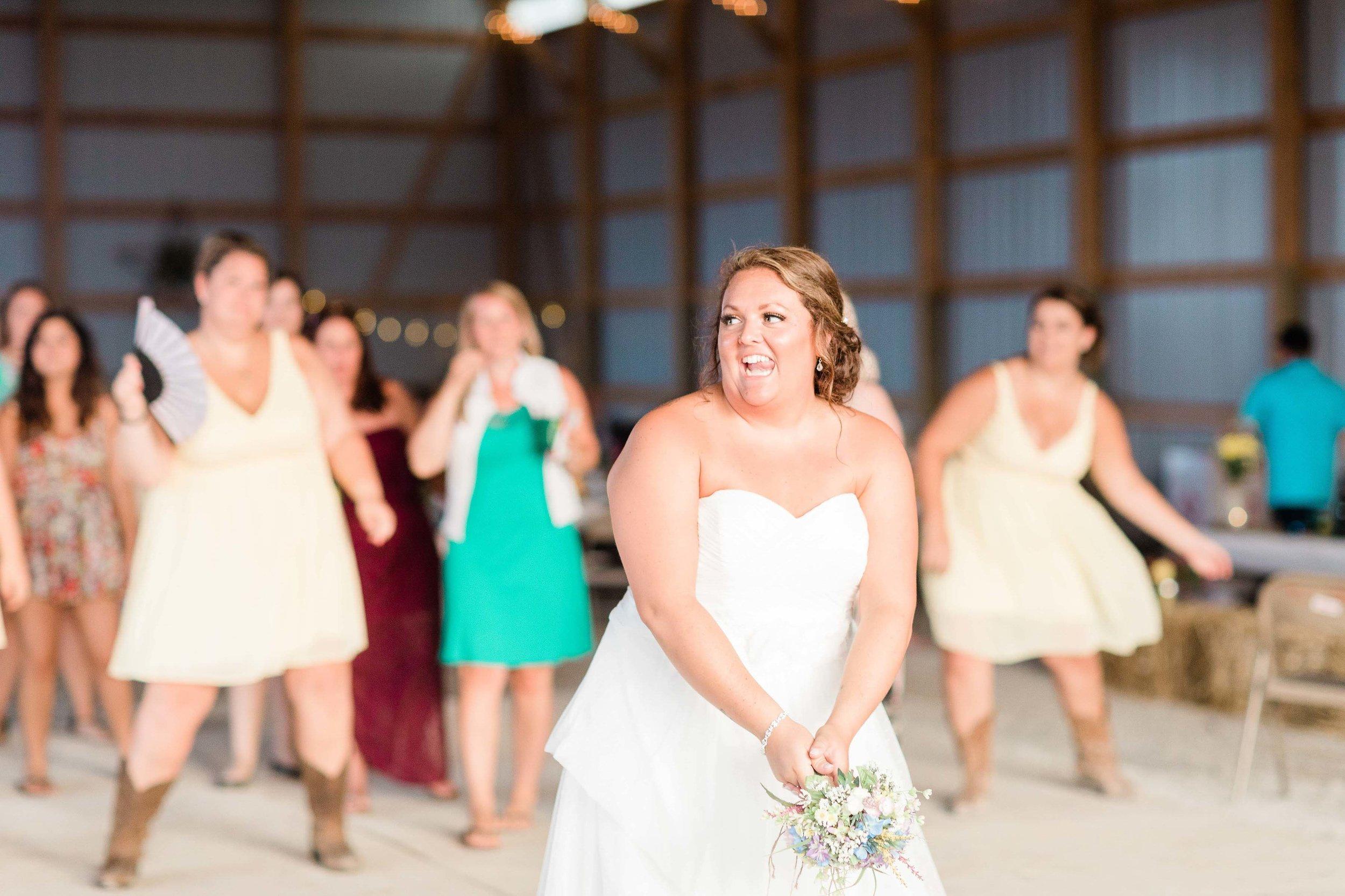 barn wedding blanchester ohio photographer-40.jpg