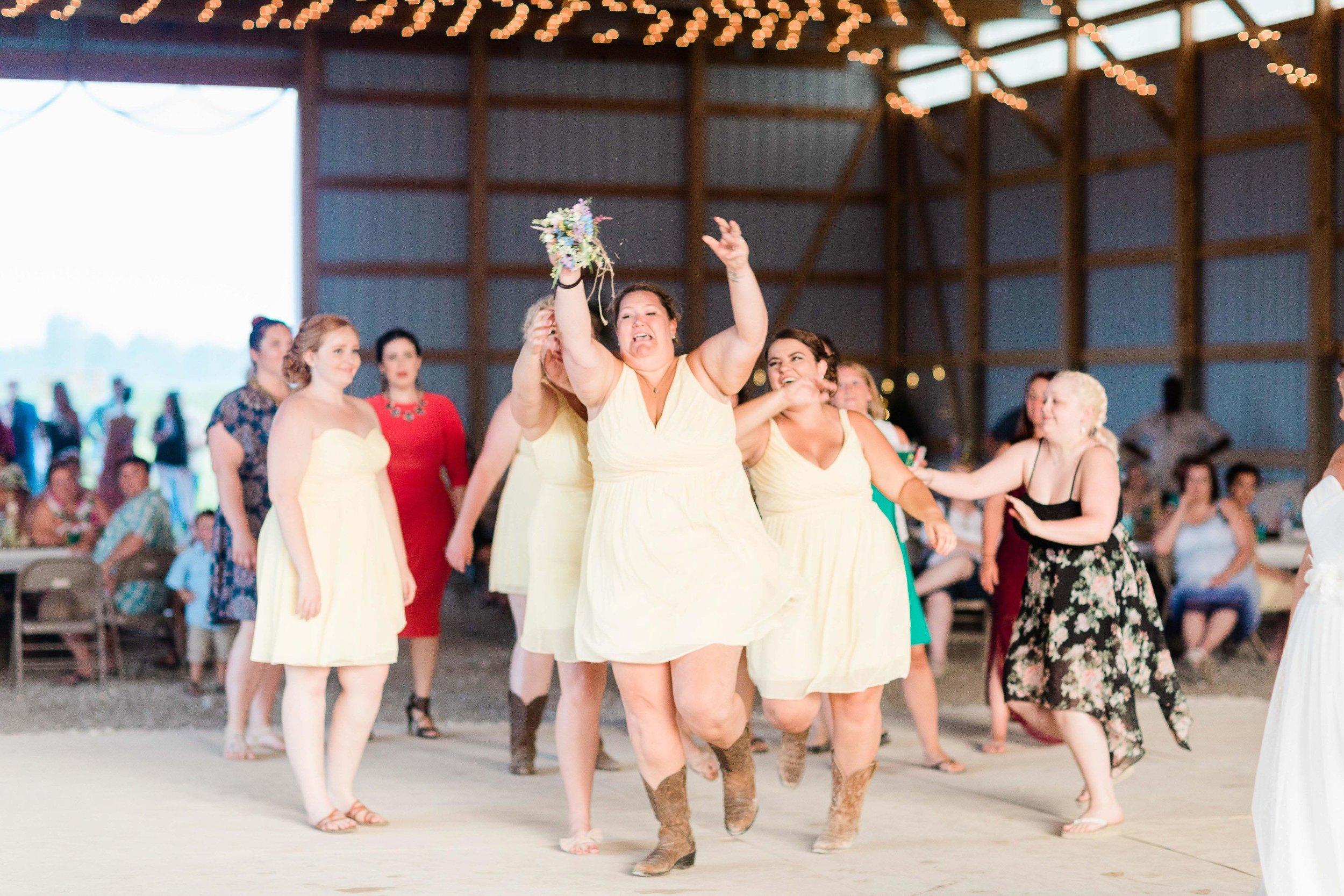 barn wedding blanchester ohio photographer-41.jpg