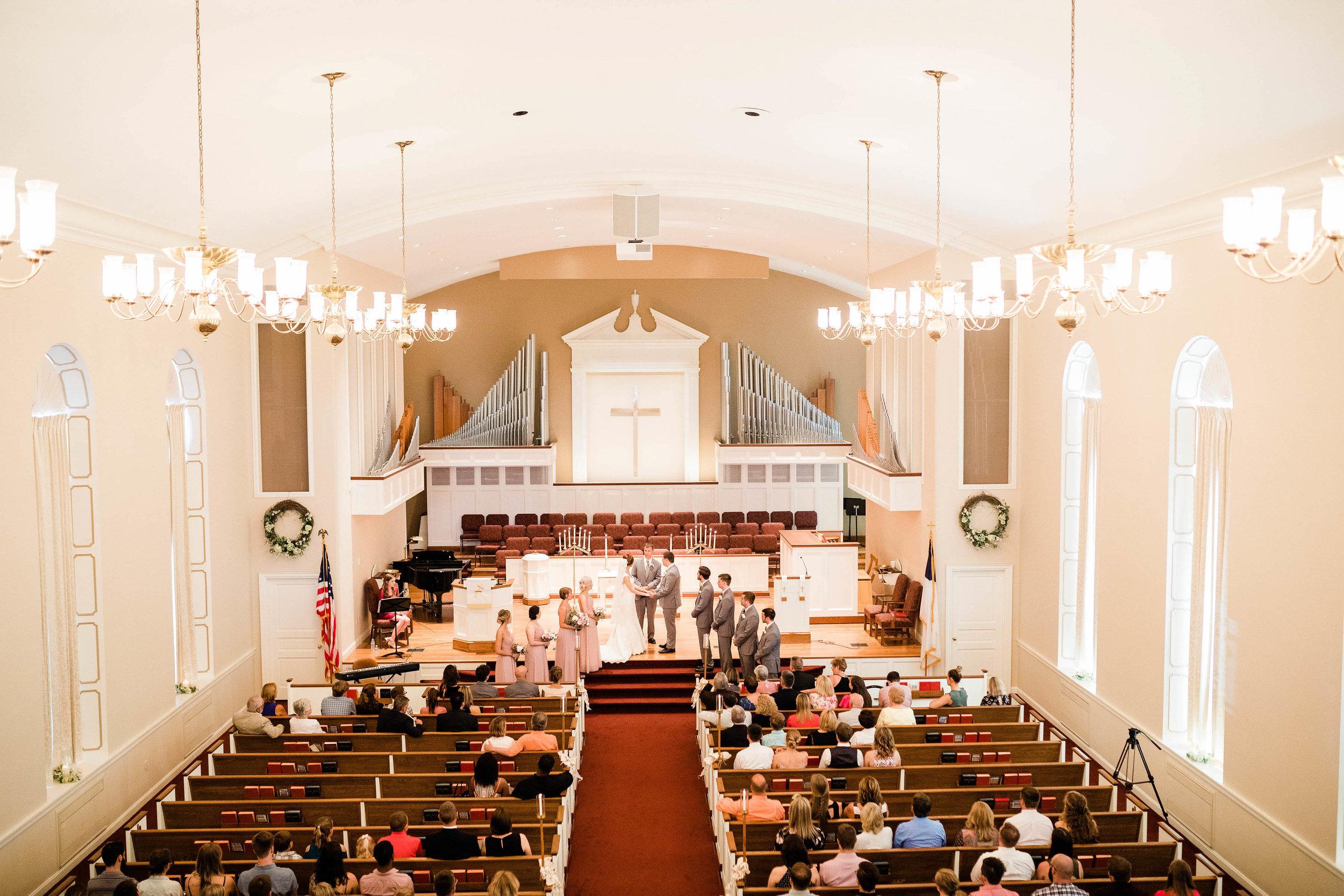 anderson hills united methodist church wedding cincinnati ohio-3.jpg