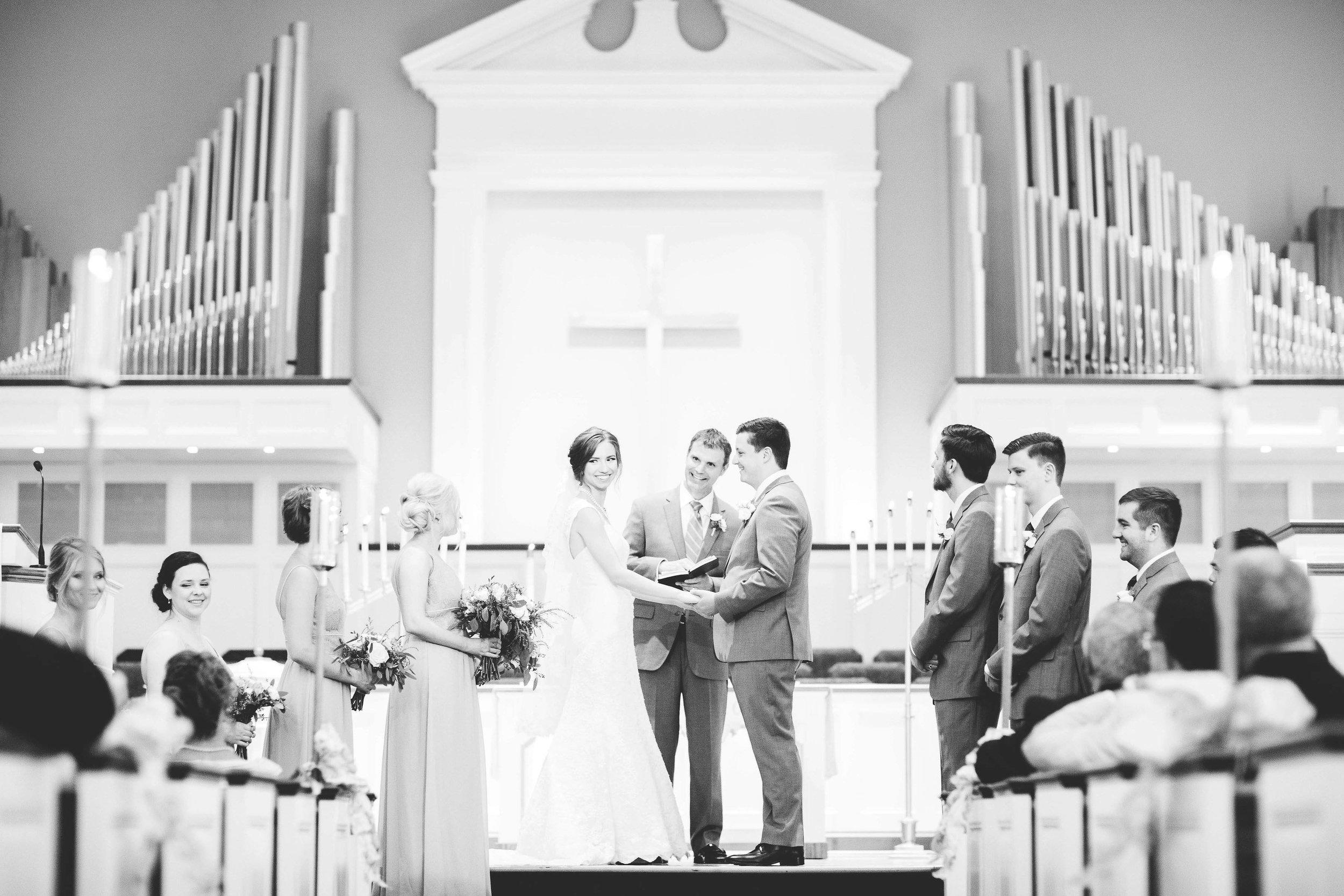 anderson hills united methodist church wedding cincinnati ohio-4.jpg