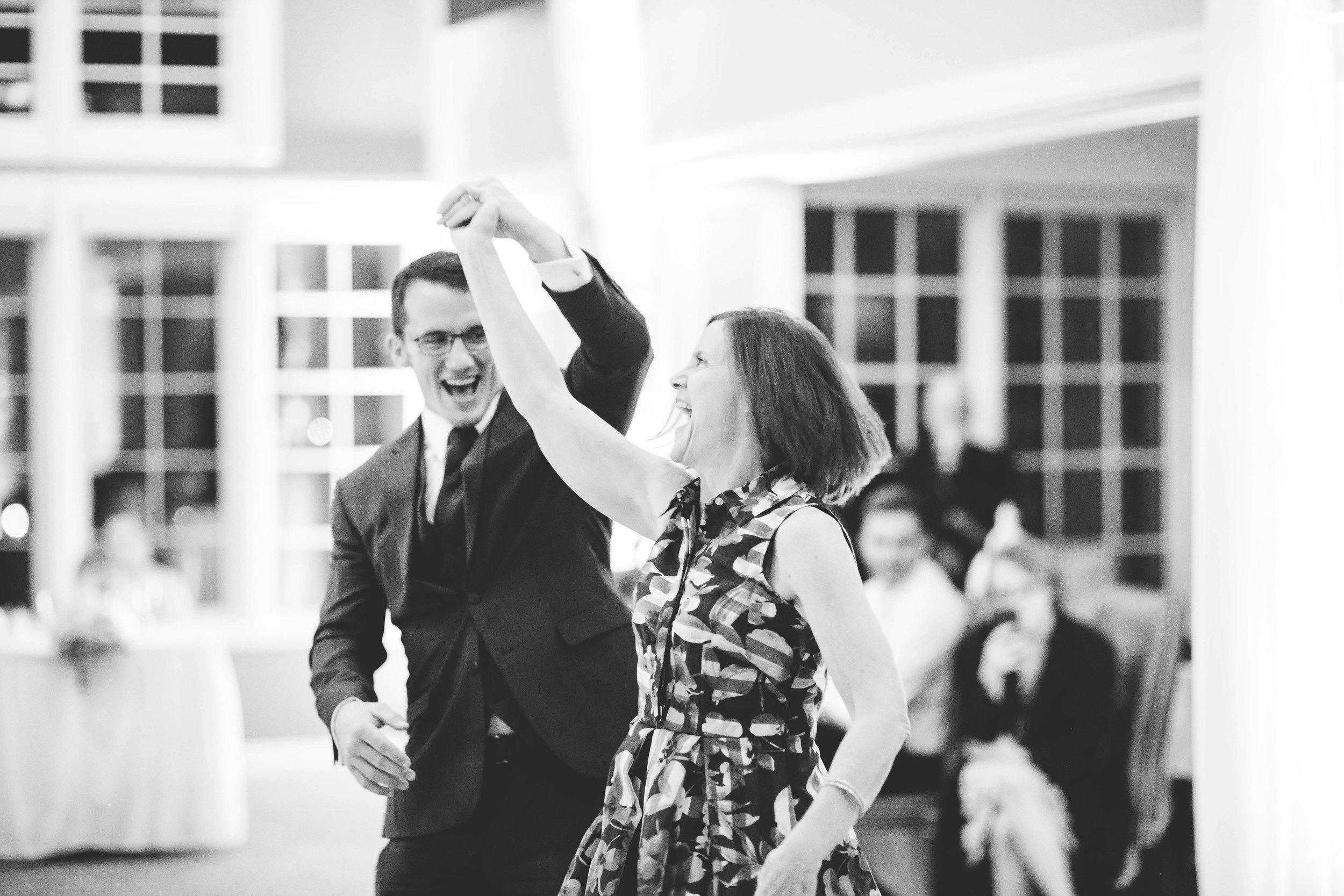 cincinnati wedding photographers wetherington golf club wedding-9.jpg
