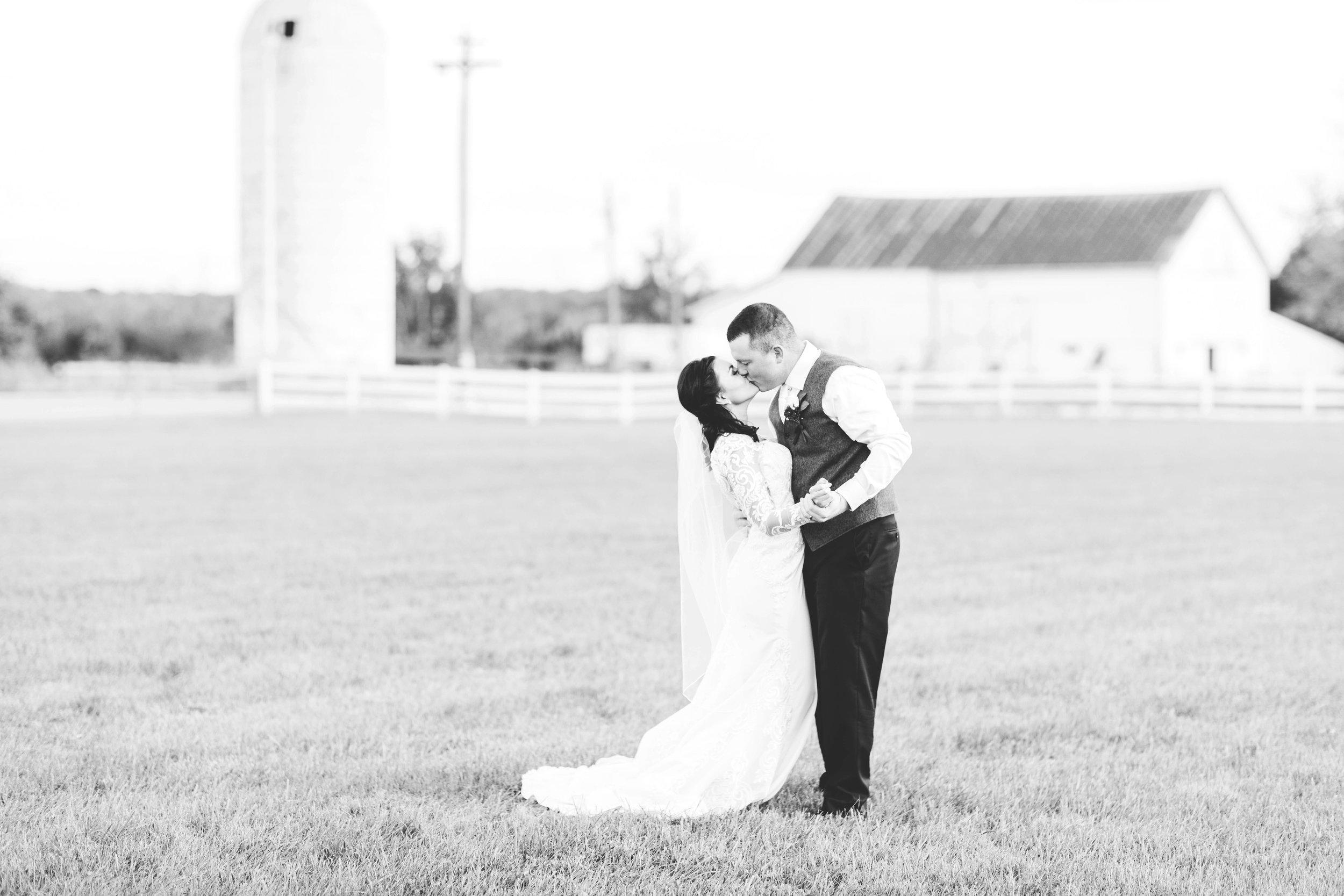 cincinnati wedding photographer-24.jpg