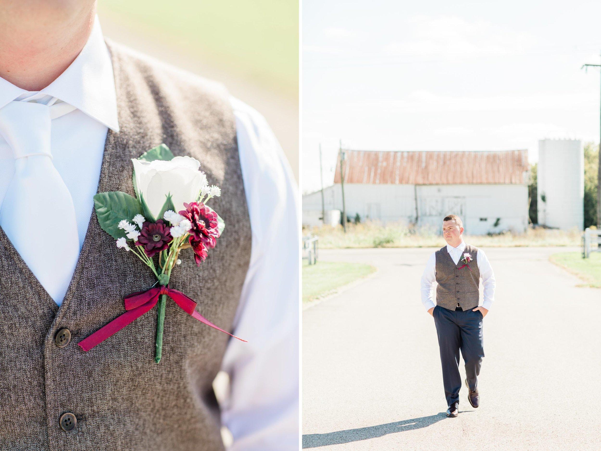 groom photography boutenniere.jpg