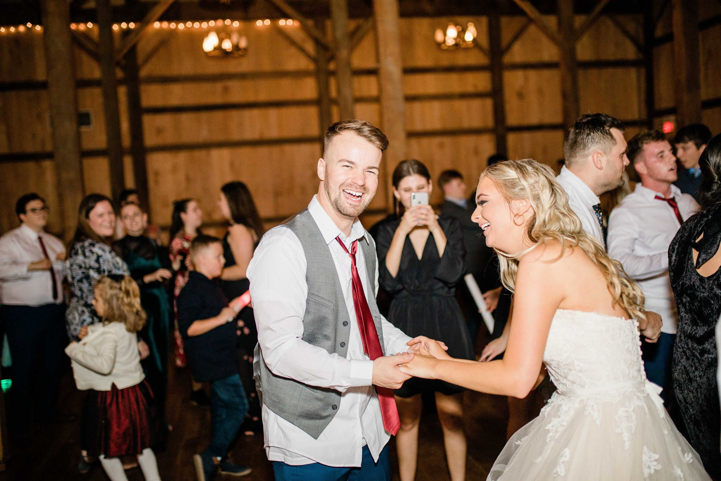 the heartland barn wedding reception-5.jpg