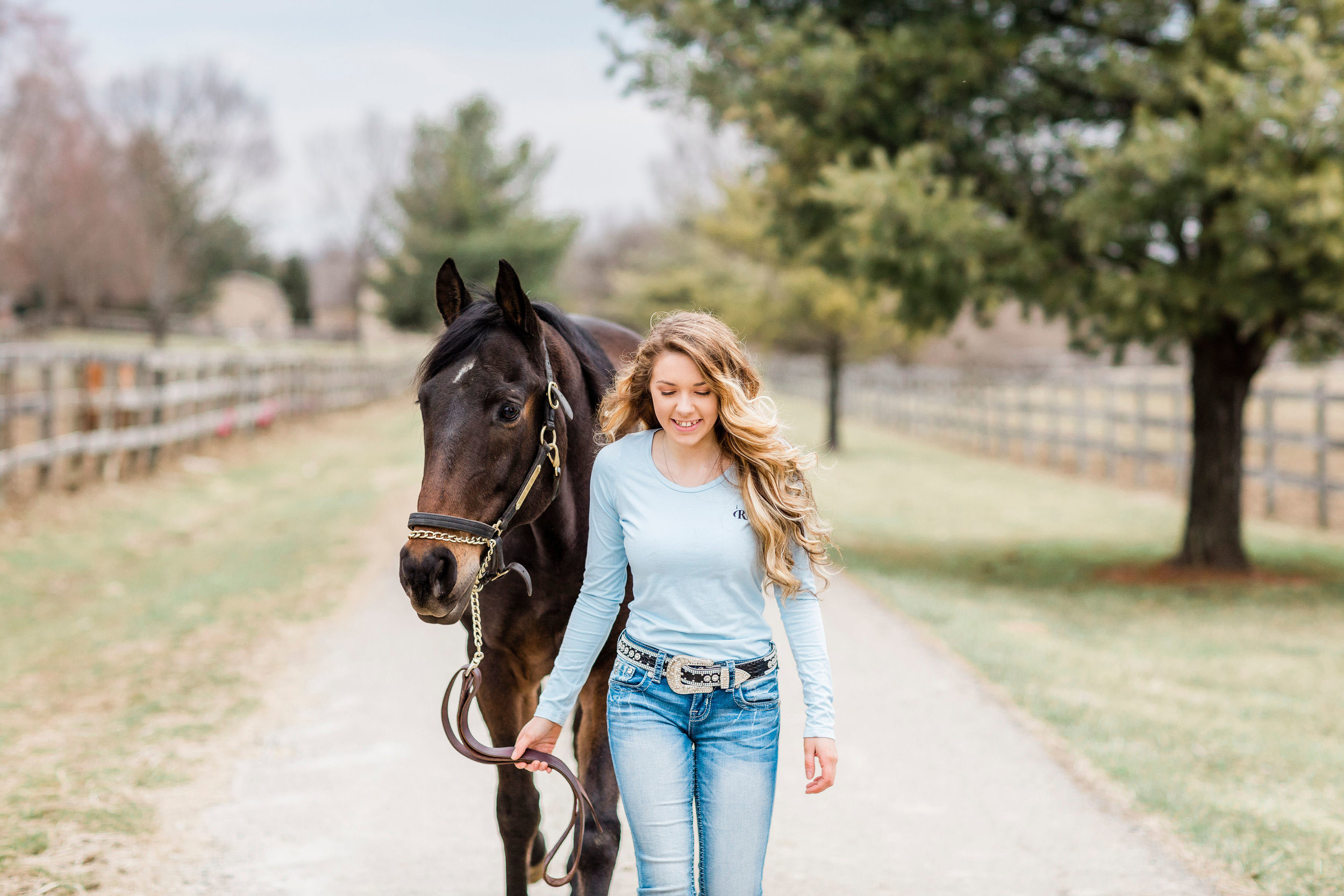 cincinnati senior pictures with horse-1.jpg