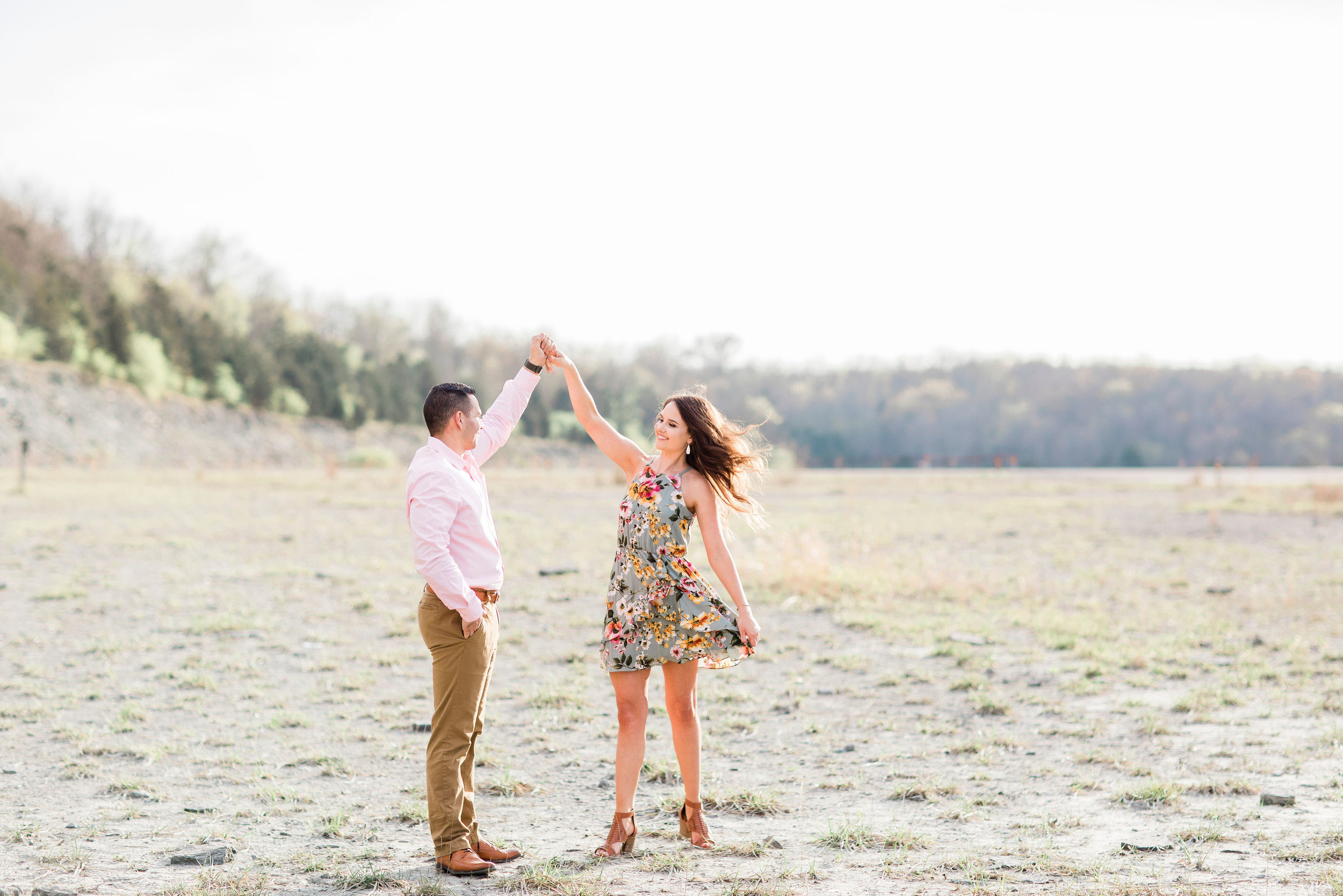 dayton ohio engagement pictures.jpg