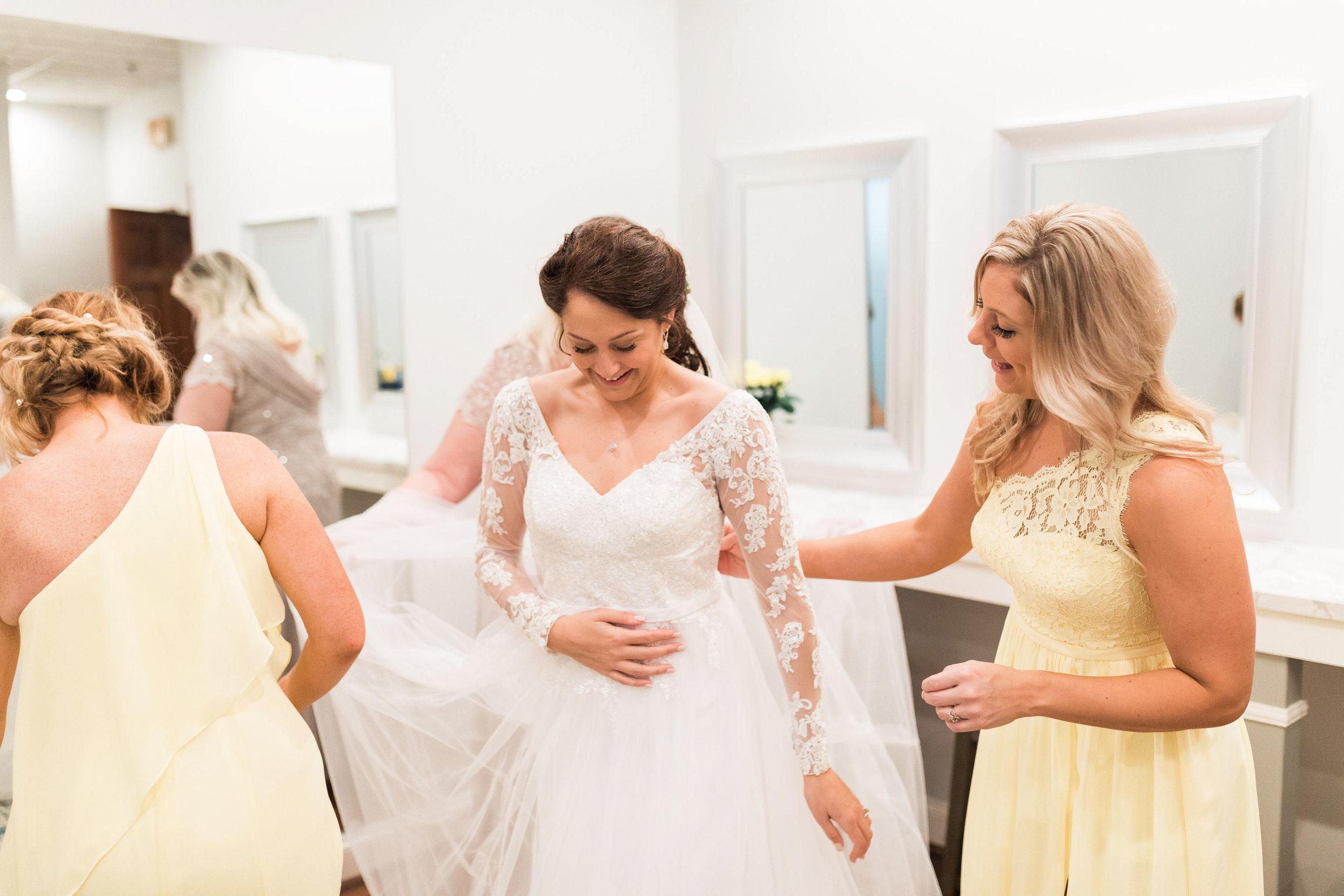 dayton ohio engagement and wedding photographers-5.jpg