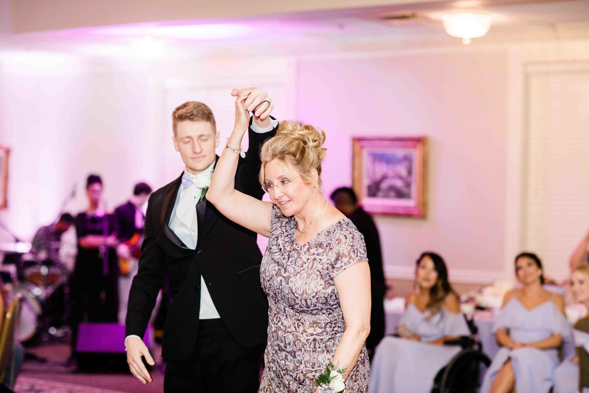 wedding reception photographers cincinnati dayton ohio-5.jpg