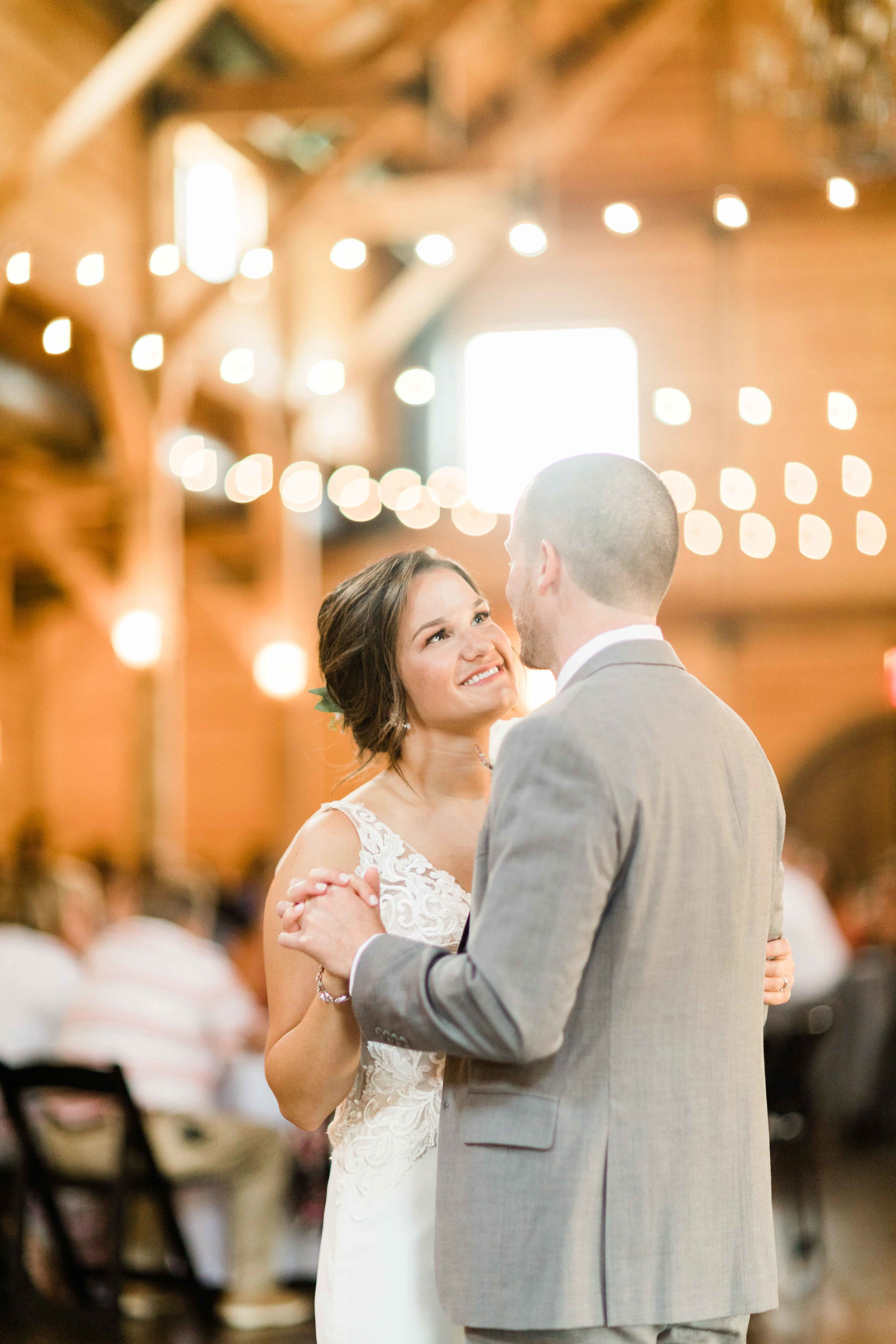 CINCINNATI DAYTON OHIO WEDDING PHOTOGRAPHY-36.jpg
