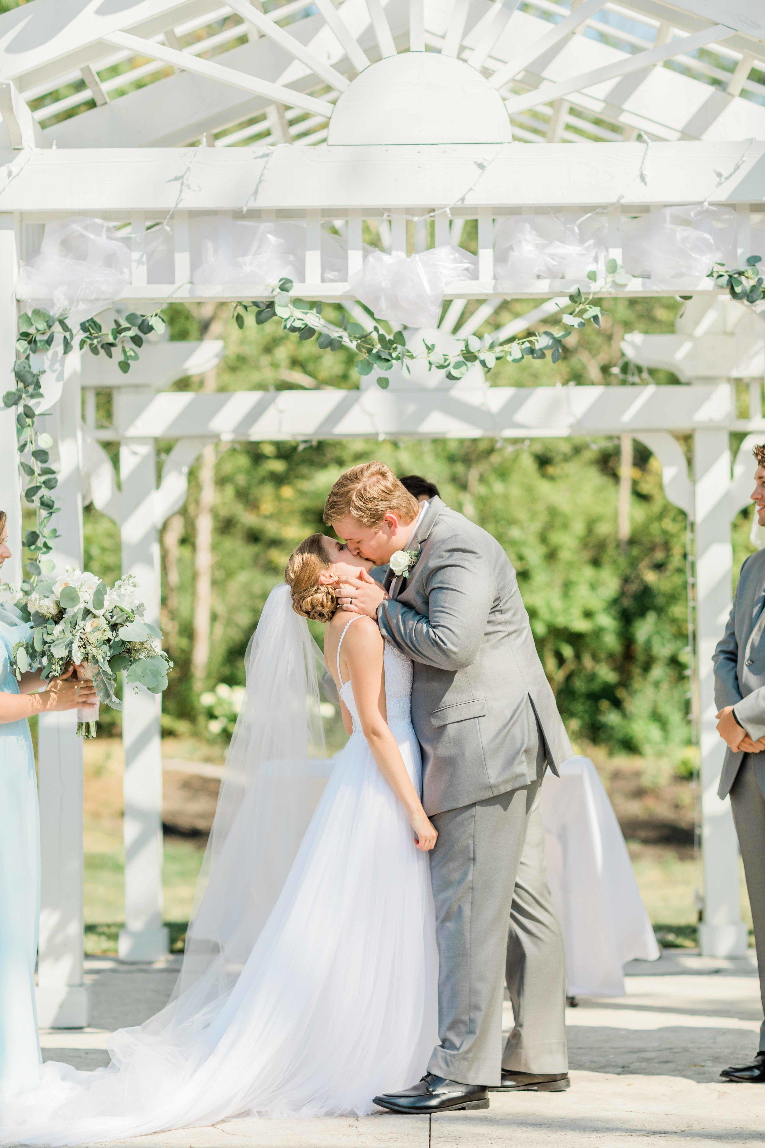rosewood manor ohio wedding photographer-1.jpg