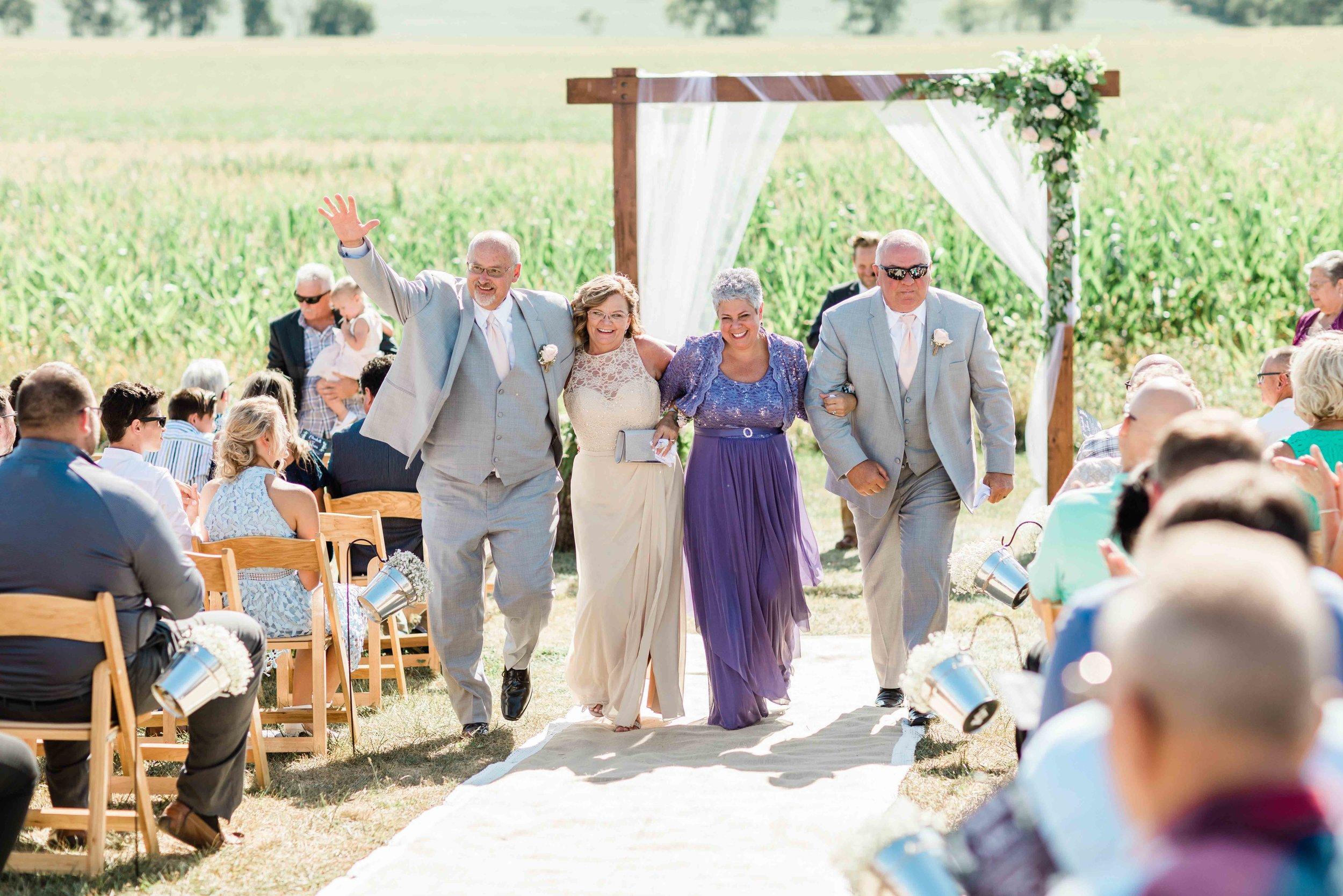 wren farm ohio wedding photographers-3.jpg