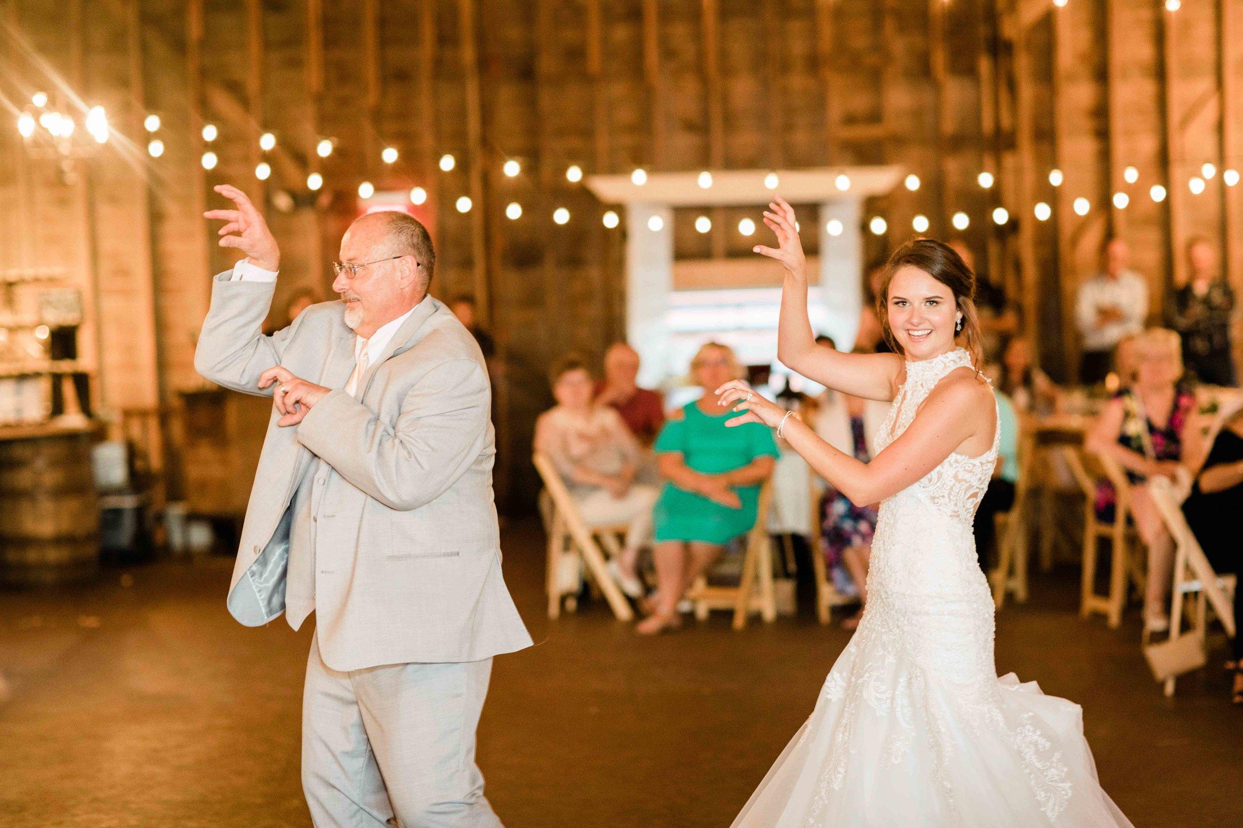 wren farm ohio wedding photography-23.jpg