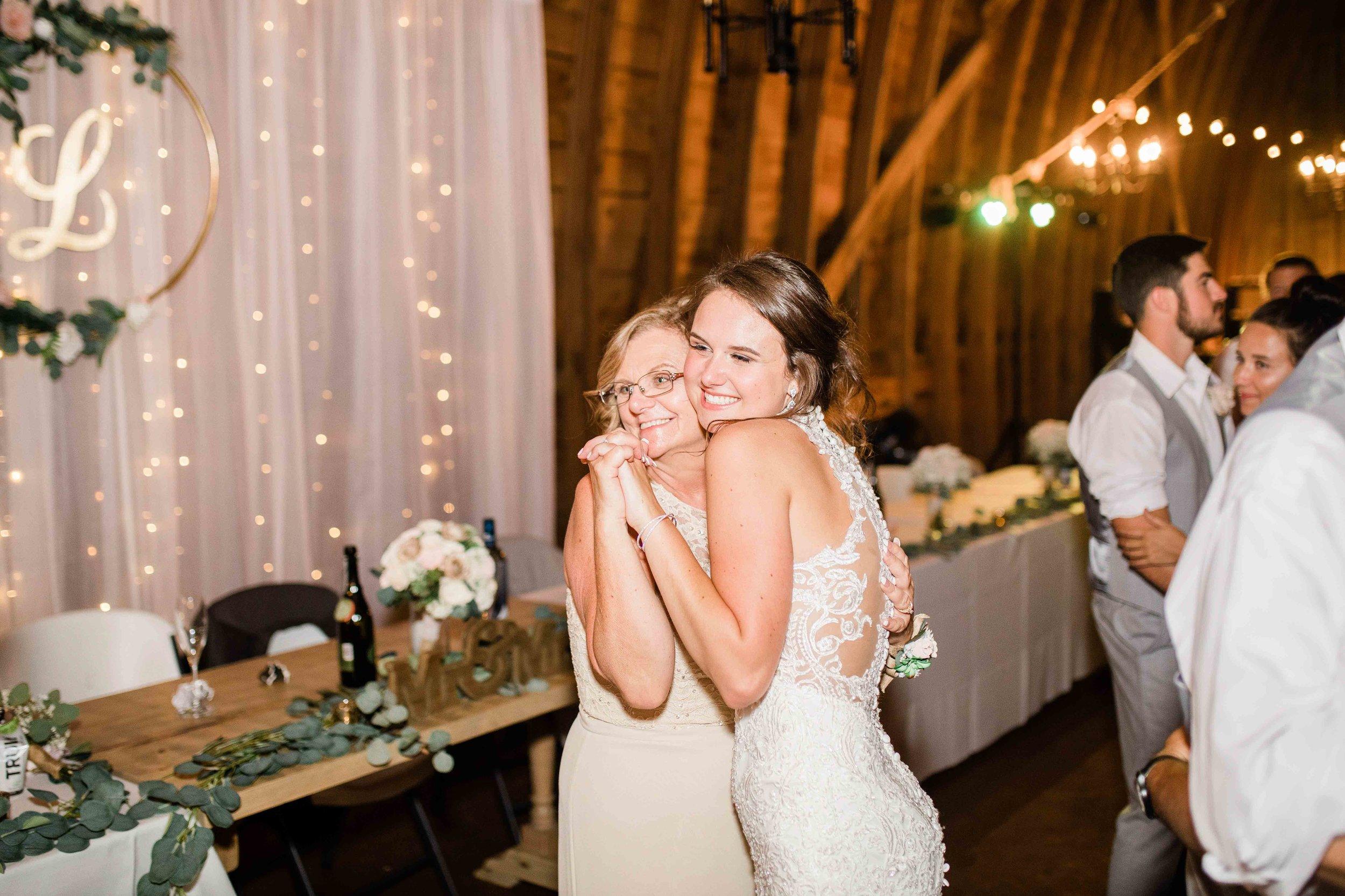 wren farm ohio wedding photography-29.jpg