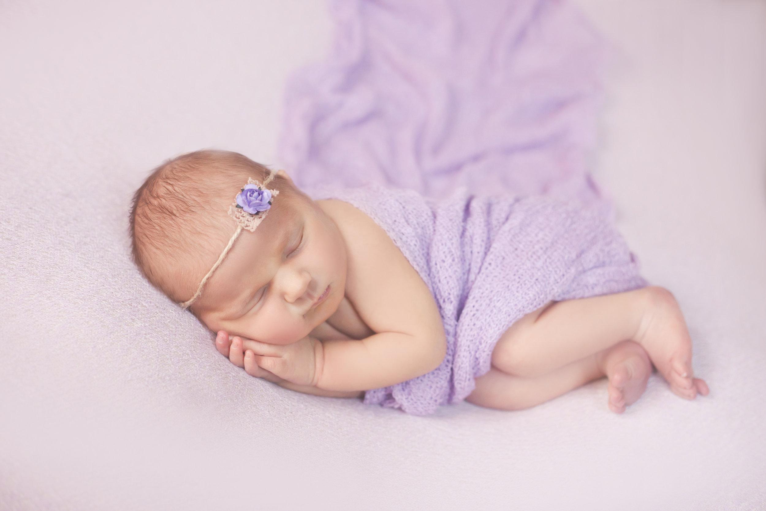 Blush-Little-Baby-Plano-Newborn-Photography-Maisey-6.jpg