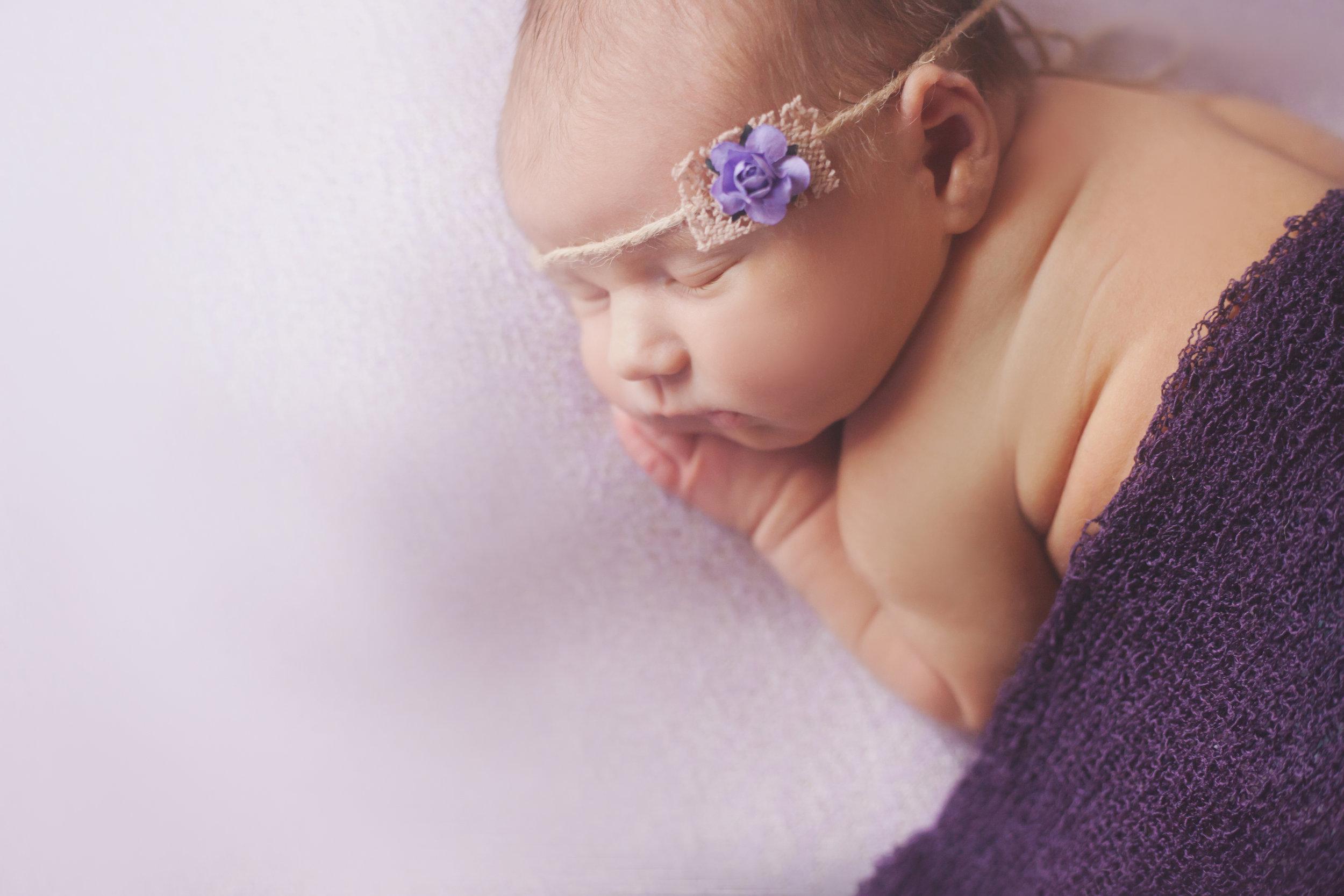 Blush-Little-Baby-Plano-Newborn-Photography-Maisey-2.jpg