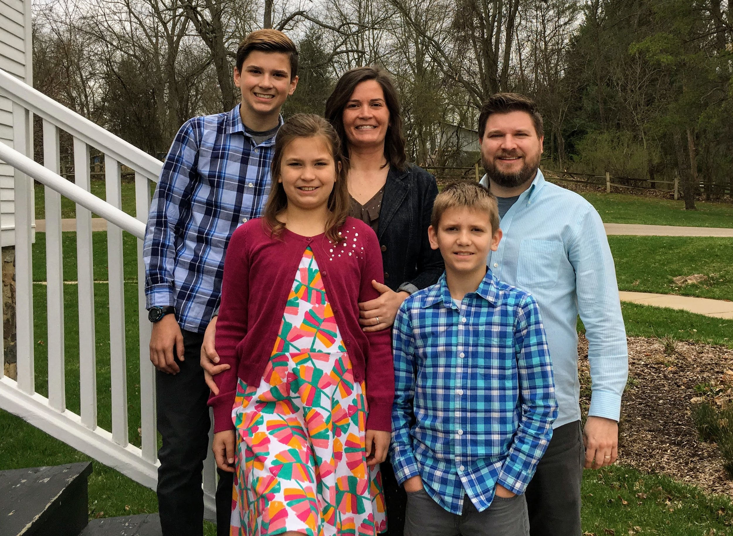 The Family Project - Alex and Becky TealWhy do families work? Because God Himself designed them! Thriving families will lead to thriving communities, and thriving communities will transform the world. People will find purpose, joy and redemption; and generation after generation will create a positive legacy.alexteal@gmail.com