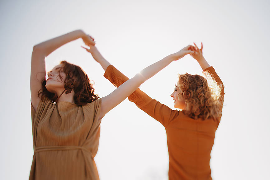 "As women, we are constantly talking about our hormones—and why wouldn't we? Hormones are the force in charge of so many aspects of our health. They act as messengers sending signals to tell our body when we are hungry, what moods we are in, and of course they play a huge role in our reproductive systems.  Our hormonal systems are complex and can be hard to understand. Though it may feel daunting—understanding the fluctuations within our own bodies allow us to better care for ourselves, body, soul and spirit.   A Crash Course On Hormones  It's important to understand where hormones come from:  ""Hormones are created by glands, which are part of the endocrine system.""  The  endocrine system  is the system within our body that sends the important signals to the circulatory system. We have approximately 10 major hormone-producing glands in the body, like the ovaries and adrenals. Within these glands, there are a few dominant hormones to focus on when understanding the basics.  These include:    Estrogen   is our main hormone that helps our skin, reproductive system and assists in regulating moods. In women, it is produced in our ovaries, although men also have estrogen.    Progesterone   plays a huge role in pregnancy and our menstrual cycle by triggering the lining in our ovaries to thicken, but again men have progesterone as well.    Cortisol   is known for its role in assisting the body's response to stress by maintaining healthy stress levels and immunity responses made in the adrenal glands.    Melatonin   (the best hormone!) tells the body when it is time to sleep and is produced by the tiny pineal gland in the brain.  Last but not least,   Testosterone   helps keep our bones and muscles strong, along with increasing libido and assertiveness. Testosterone is produced in the testicles in men but is also produced in women.  With all of these different hormones and glands working together, there is bound to be imbalances from time to time. Our body is intelligent and will let us know when it is out of balance—looking for the signs and understanding them is the tricky part.  Signs Of Hormonal Imbalance  ""Hormone imbalance can affect mood, skin, sleep patterns and energy levels. If one feels constantly burned out, has serious breakouts, or experiences an extraneous amount of irritation to the emotional body, hormones are off balance,"" says Jacqueline Zajdman, a Los Angeles based herbalist and owner of  As Above Herbals .  ""Life affects us in every way possible, and it's inevitable that our systems feel these aspects and adjust, fluctuate and change to adapt.""  — JACQUELINE ZAJDMAN  She points out that our hormones can get off balance not just internally but external factors play a role in causing imbalance. ""Our bodies are constantly changing as women. We are affected by our physiology preparing us for ovulation, as well as being affected by our environment. That includes seasons, living in a city, work stress, financial stress, romantic stress, and staying true to ourselves. Life affects us in every way possible, and it's inevitable that our systems feel these aspects and adjust, fluctuate and change to adapt.""  An Herbalist's Go-To Remedies  Luckily, with the advancements of medicine and herbalists continued use of ancient remedies, we have a variety of methods for staying on top of our hormones and understanding our bodies more clearly. If you are sensing a hormonal imbalance, you may consider starting with the natural remedies.  One in particular that Jacqueline prescribes to her clients is something called ""yoni steams, also known as ""Bajos"" or ""herbal vaginal steams."" She explains ""this tradition has helped heal women before modern day gynecology, and has been used cross culturally for centuries. It is a practice of using steam and herbs to heal the womb space for various feminine issues such as healing post birth, creating a consistent period cycle, healing cysts, endometriosis, and even turning the body on/relaxing and opening the womb space energetically before sex.""  ""Naturally, a woman's cycle fluctuates hormonally before, during and after the period. Progesterone and estrogen peak and valley according to how far long one is in her cycle.""  Using herbs can be an extremely balancing option as well. Jacqueline recommends several herbs that can mimic the hormones in the body if you have an imbalance. "" Vitex , or  chaste tree berry , can mimic progesterone in the body, while some Phytoestrogenic plants mimic the effects of the estrogen hormone. These include red clover, wild yam and angelica."" With all of this in mind it is important be reminded that there is a healthy amount of hormone fluctuations that doesn't necessarily mean you are off-balance. ""Naturally, a woman's cycle fluctuates hormonally before, during and after the period. Progesterone and estrogen peak and valley according to how far long one is in her cycle."" says Jacqueline.  Using herbs and natural remedies is just one way to help keep hormones balanced, but of course a visit to the gynecologist to discuss concerns may also be a good first step. The importance lies in feeling in-tune with our own bodies and working with our innate wisdom to identify where red flags may be showing up in order to feel our very best throughout our cycle and in our life."