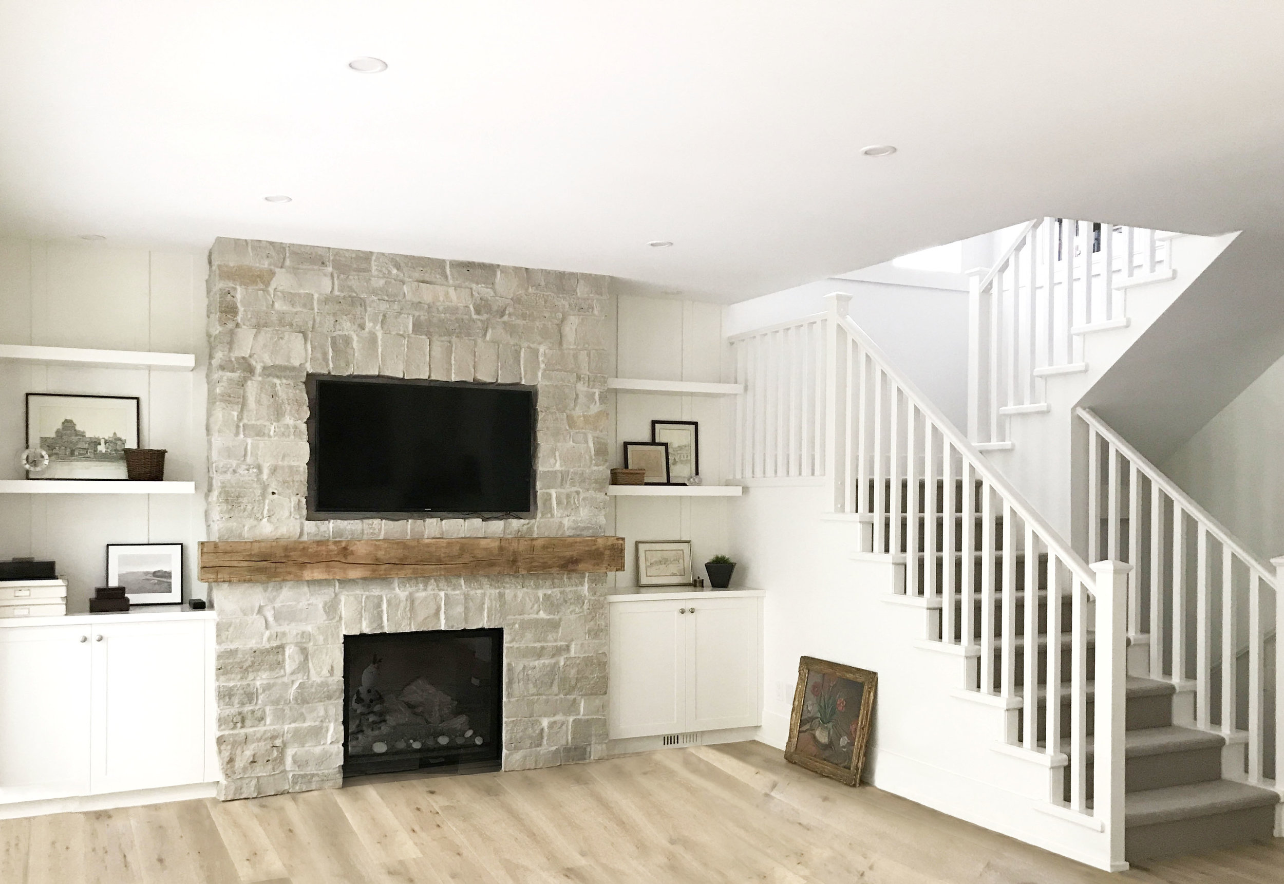HOLLY II  A 3500 square foot interior and exterior custom renovation in Port Moody.