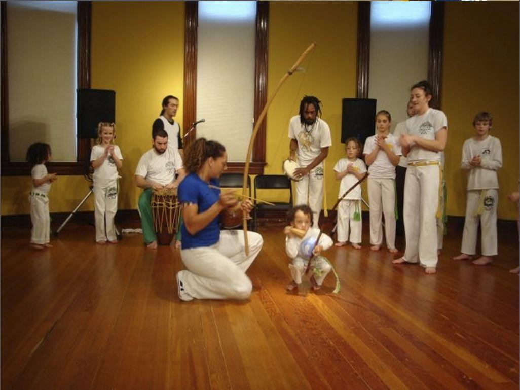 capoeira kids1.JPG