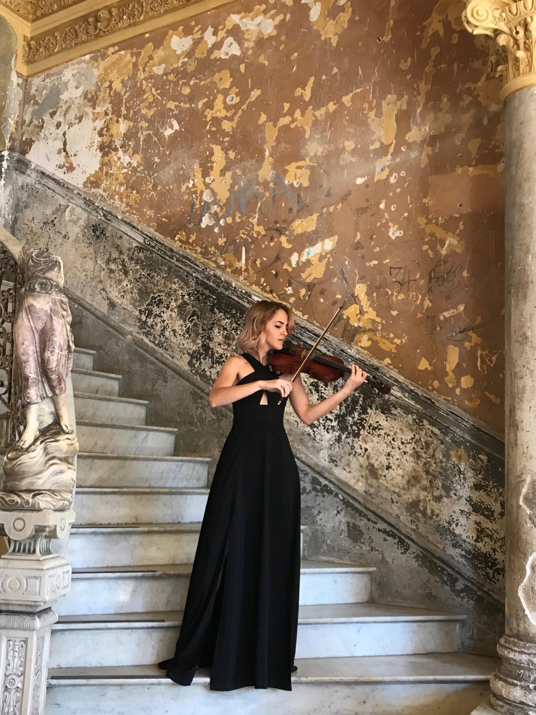violinist guarida.jpg