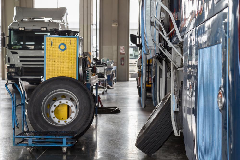 commercial-vehicle-repair-shops-bus
