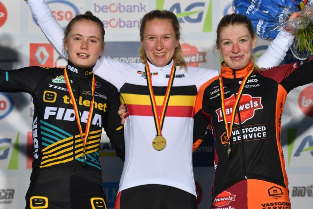 Podium beloften.jpg