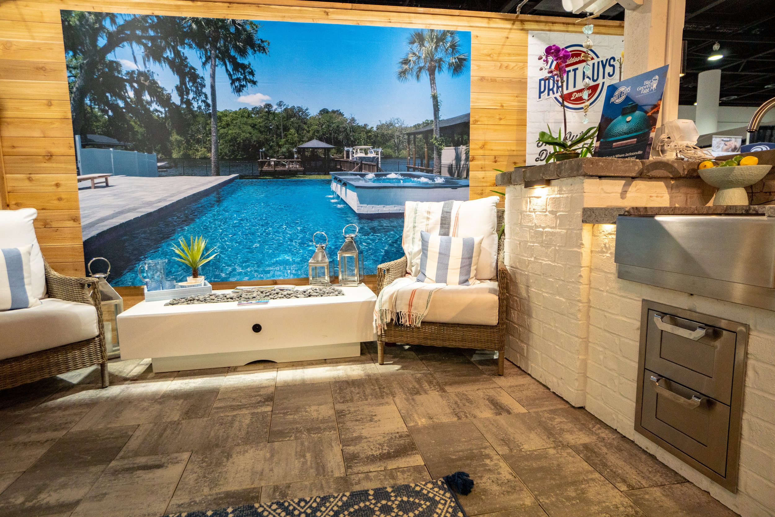 A moment during the 2019 Spring Jacksonville Home + Patio Show aka #HomeAndPrattio Show on 2/28/19 during the 4-day event that took place between February 28 and March 3, 2019. Photo copyright Pratt Guys 2019