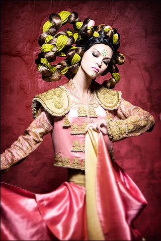 janines-naha-19-entry---avant-garde-finalist_4559402565_o.png