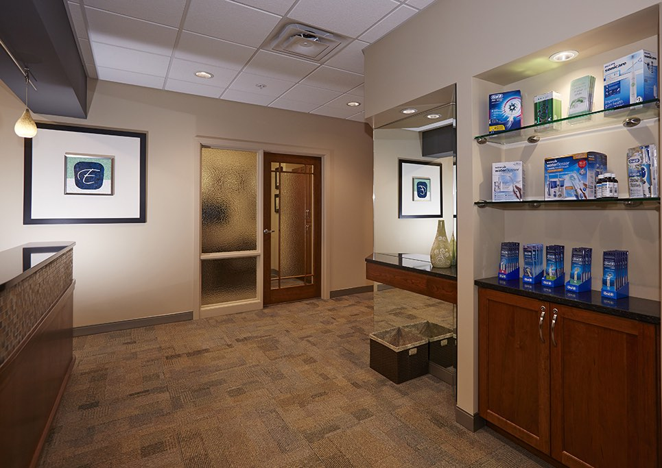 ELLIS-DENTAL-RECEPTION.jpg