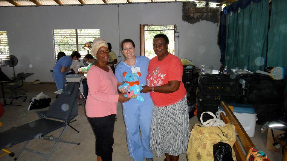 Ellis-Dental-Jamaica-Mission-2.jpg