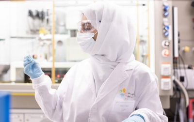 Areej with her large area, single crystalline MoS2 film through CVD growth.