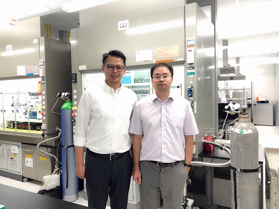 Vincent and Prof. Song Jin from University of Wiscosin, Madison.
