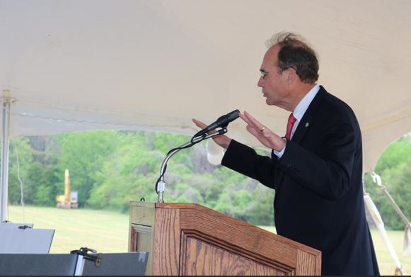 Mississippi Secretary of State Delbert Hosemann praises Southaven as one of the state's top communities.