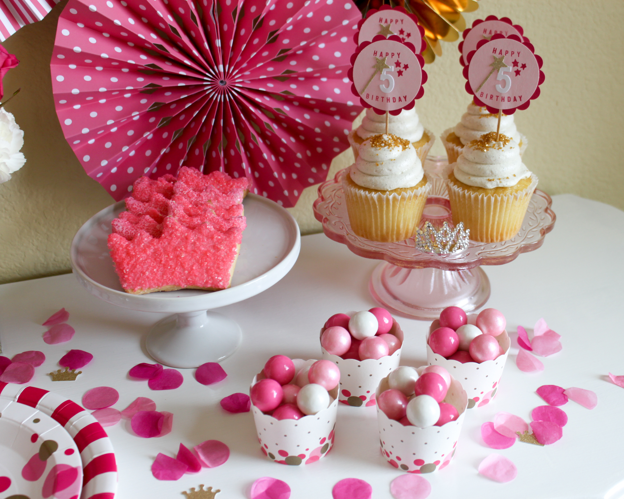 www.ohsofancyparty.com - Pretty Pink Princess Party in a Pinch