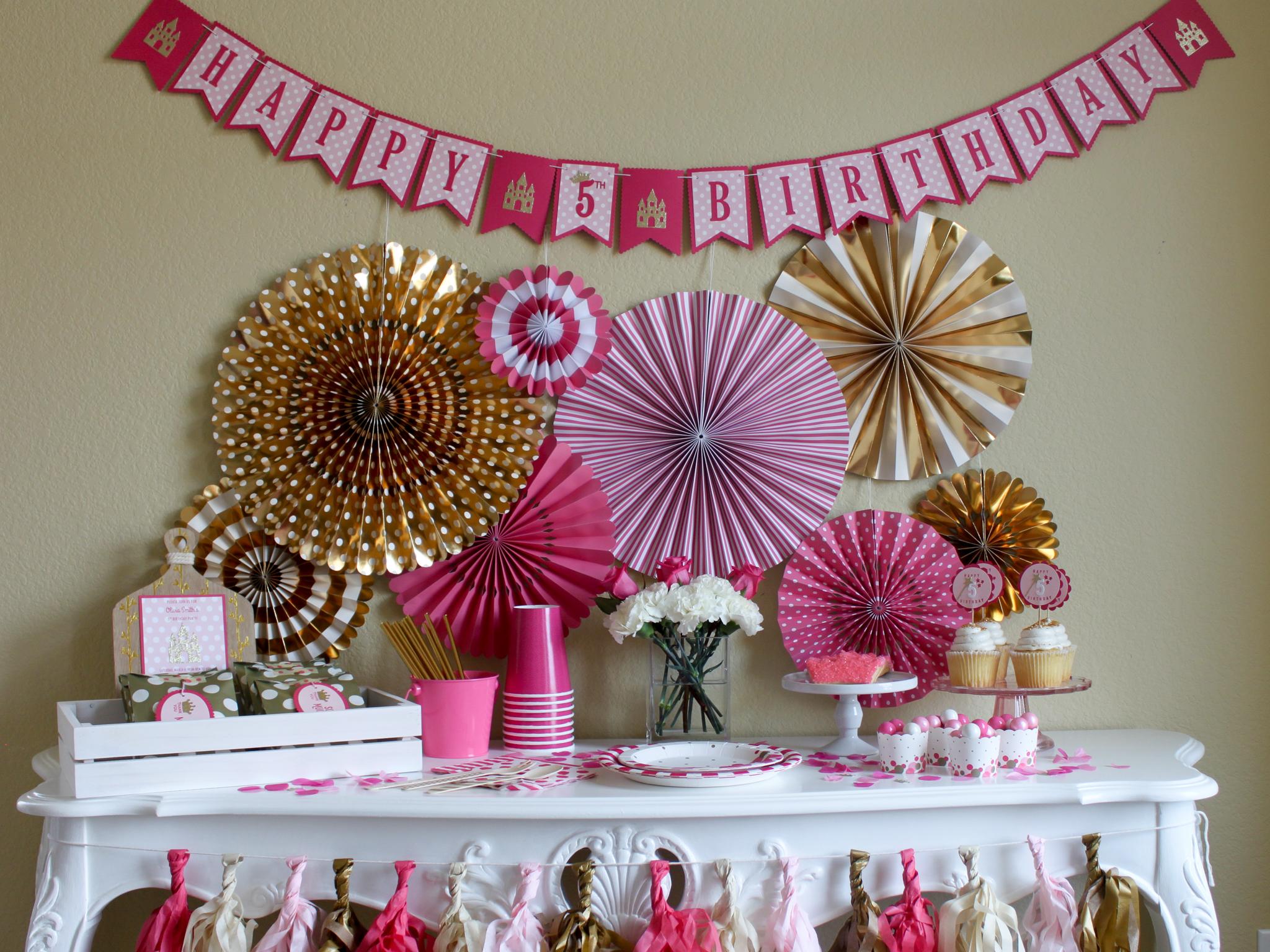 Pretty Pink Princess Pinch - OhSoFancyParty.jpg