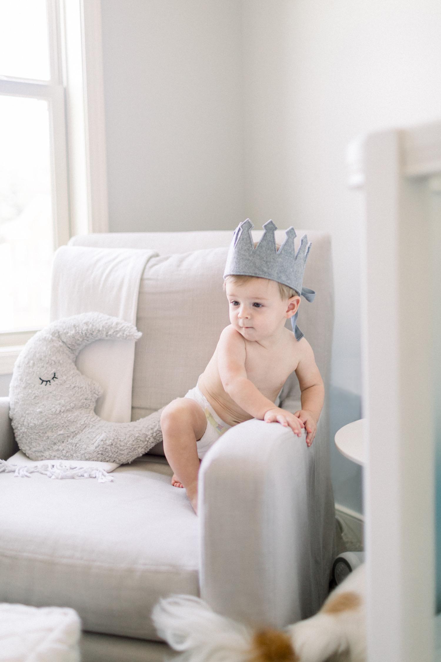 180805-0031-baby-boy-at-home-session-washington-dc-elisenda-llinares.jpg