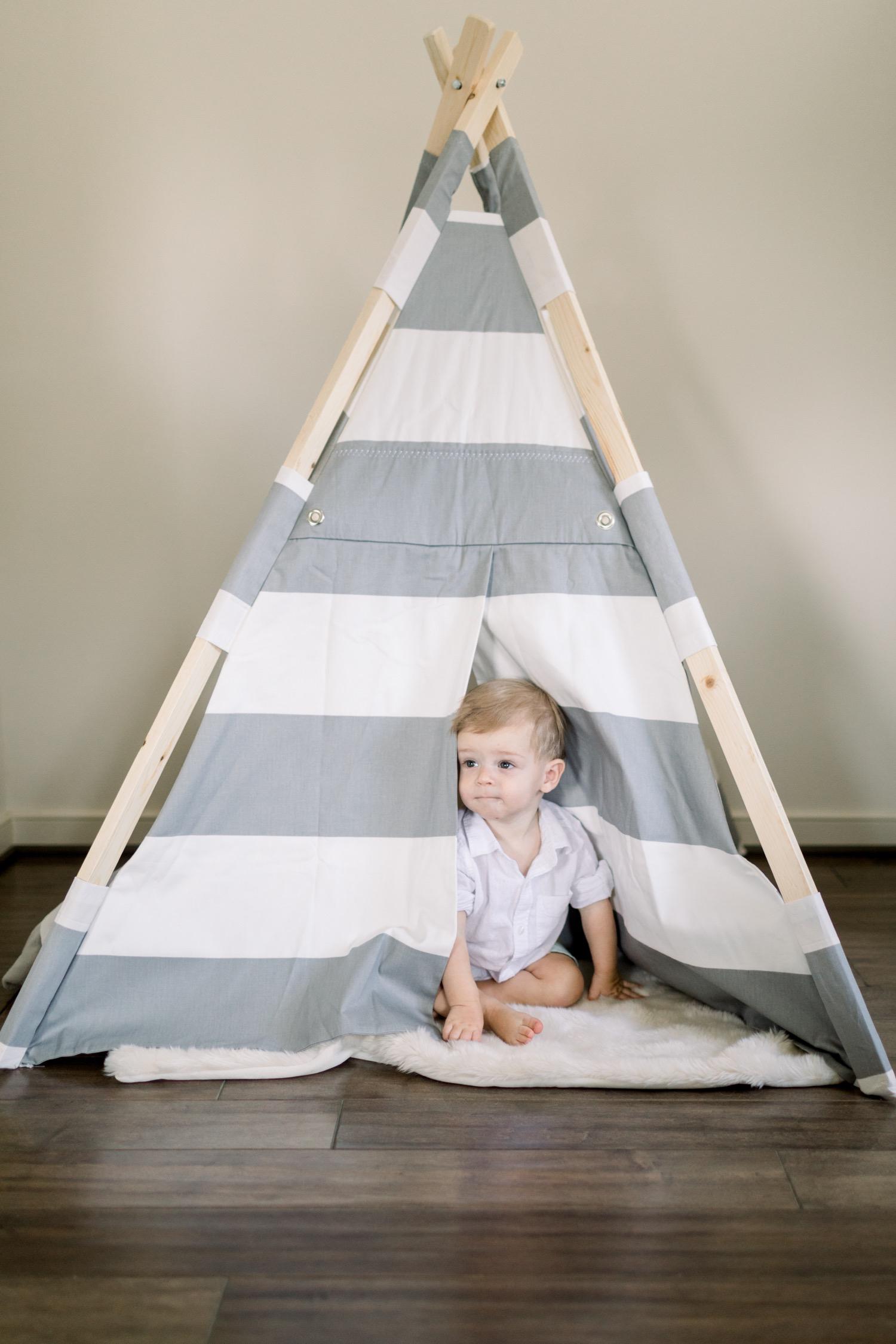 180805-0084-baby-boy-at-home-session-washington-dc-elisenda-llinares.jpg