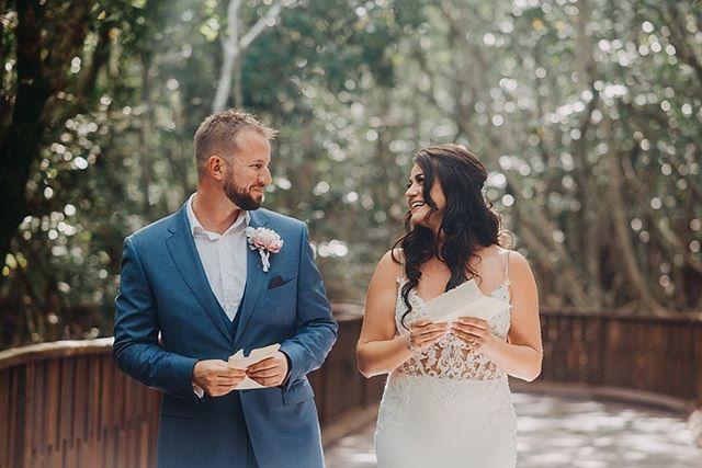 Love is all around with Andra+Kurt at @thefivesazulbeachresort_events  @iamandraelena @kurthrycenko 🌾  #couple #wedding #weddingday #bride #groom #bridetobe #weddingphotography #weddingphotographer #realstory #story #lovestory #love #playadelcarmen #mexico #mexicoweddings #beach #beachweddings #beachweddingideas #bridetobe #weddingdayphoto #couplegoals #iwantfotos #iwant #mywed #mywedding