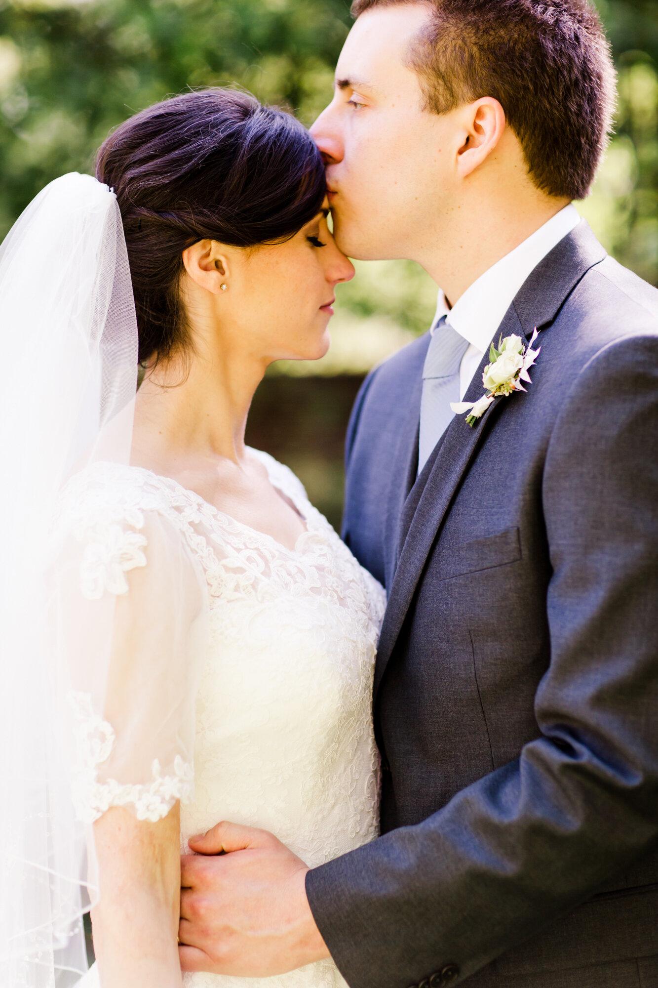 Elaine&Elliot_WeddingA-0704.jpg
