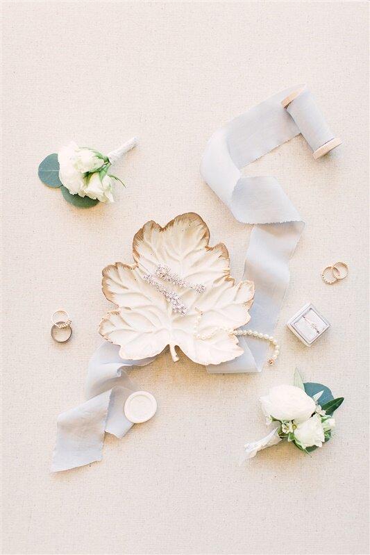 white and burgundy fall wedding inn at longshore wedding