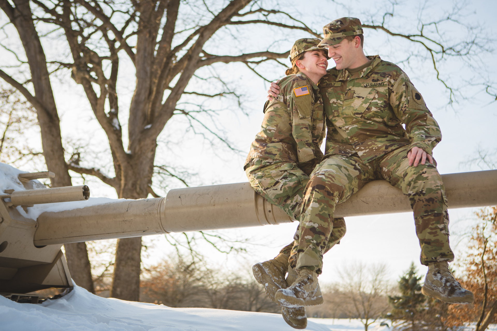 military engagement pictures cantigny wheaton illinois army national guard winter christmas snow batavia riverwalk riverfront-10.jpg