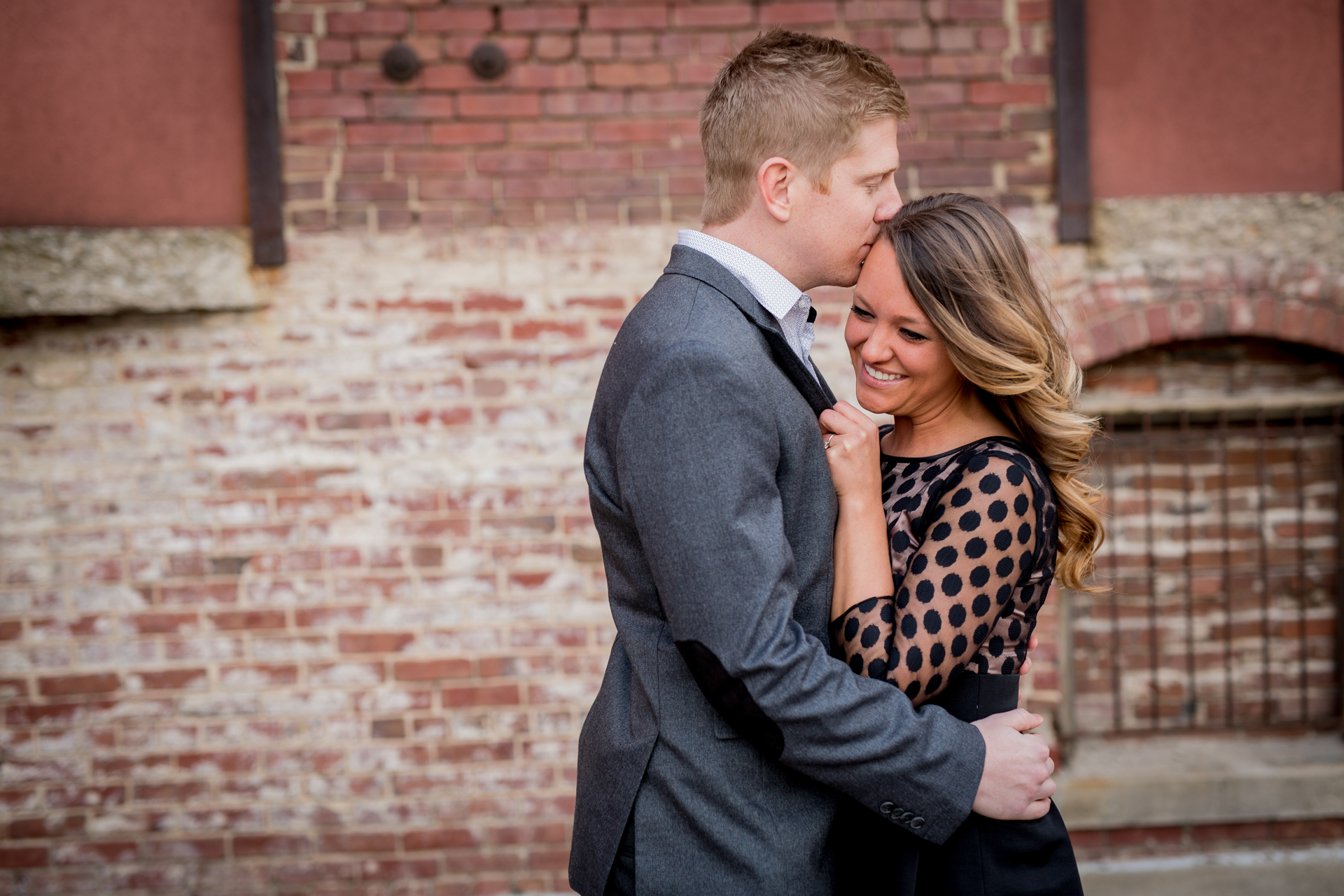 peoria illinois bloomington normal engagement pictures peoria riverfront wedding photographer-5.jpg