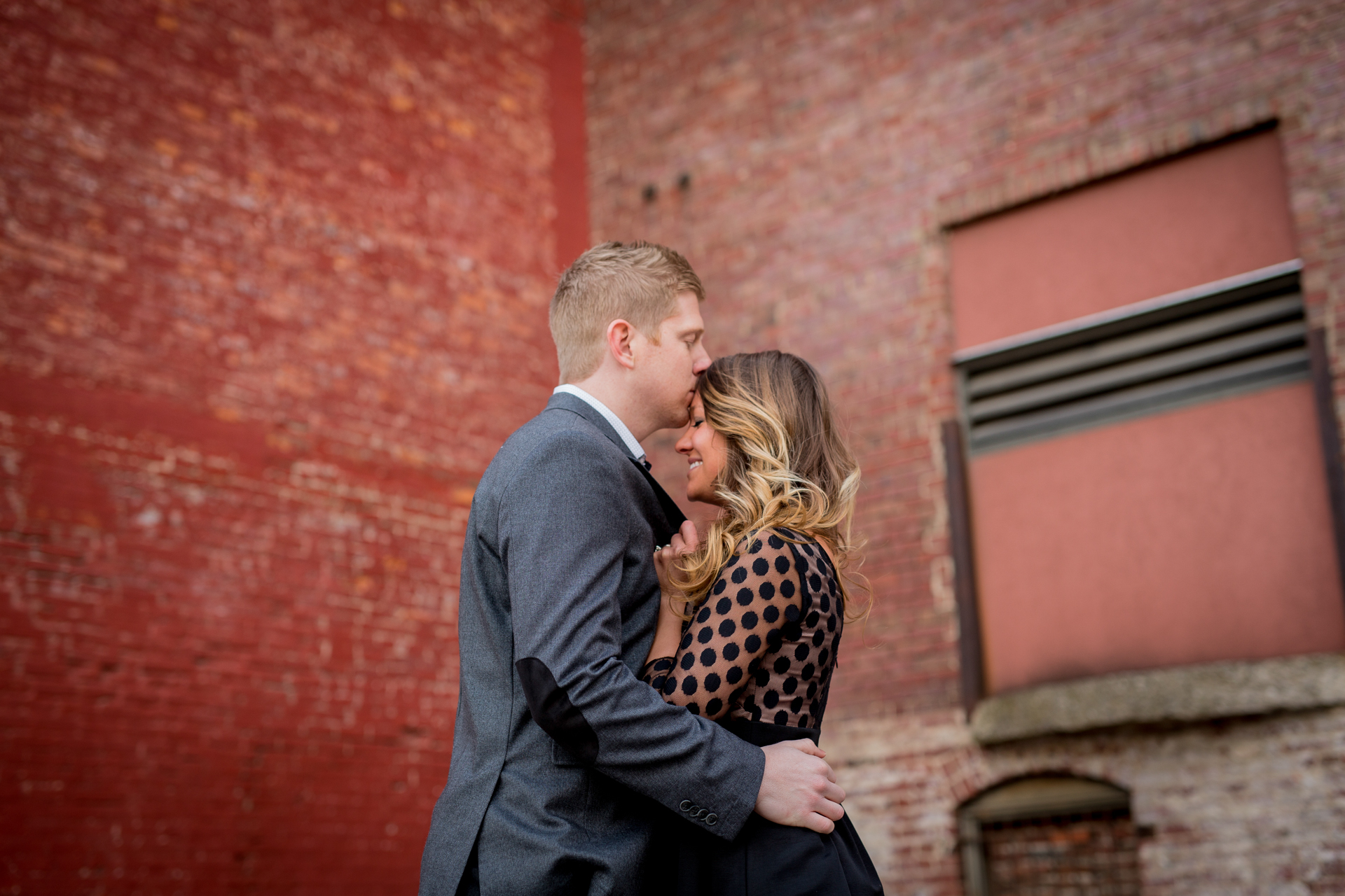 peoria illinois bloomington normal engagement pictures peoria riverfront wedding photographer-6.jpg