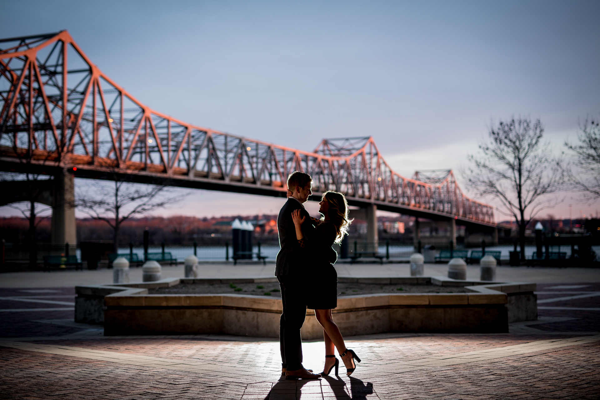 peoria illinois bloomington normal engagement pictures peoria riverfront wedding photographer-12.jpg