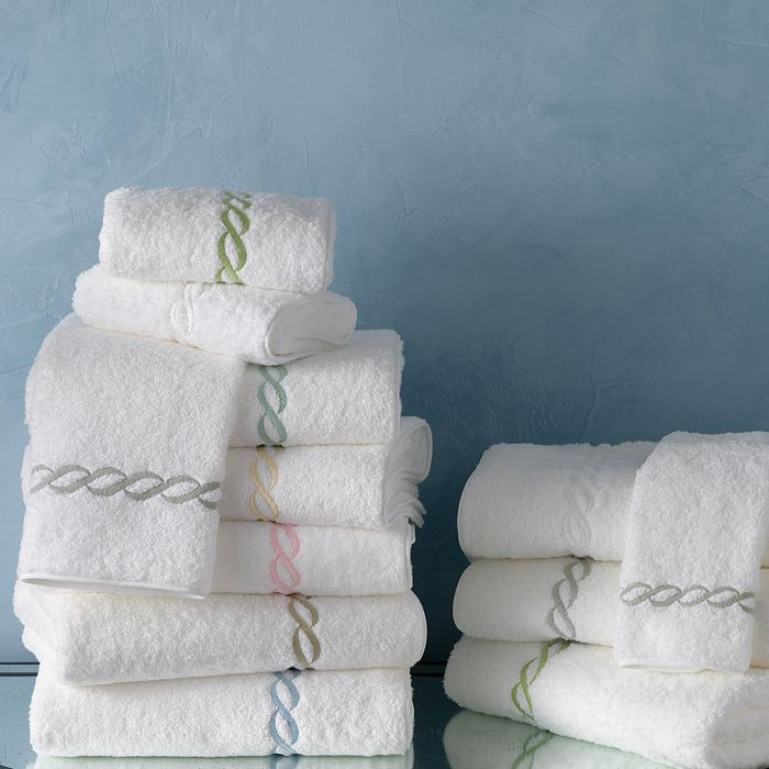 upgrade your linen closet with these CLASSIC  COTTON TOWELS !