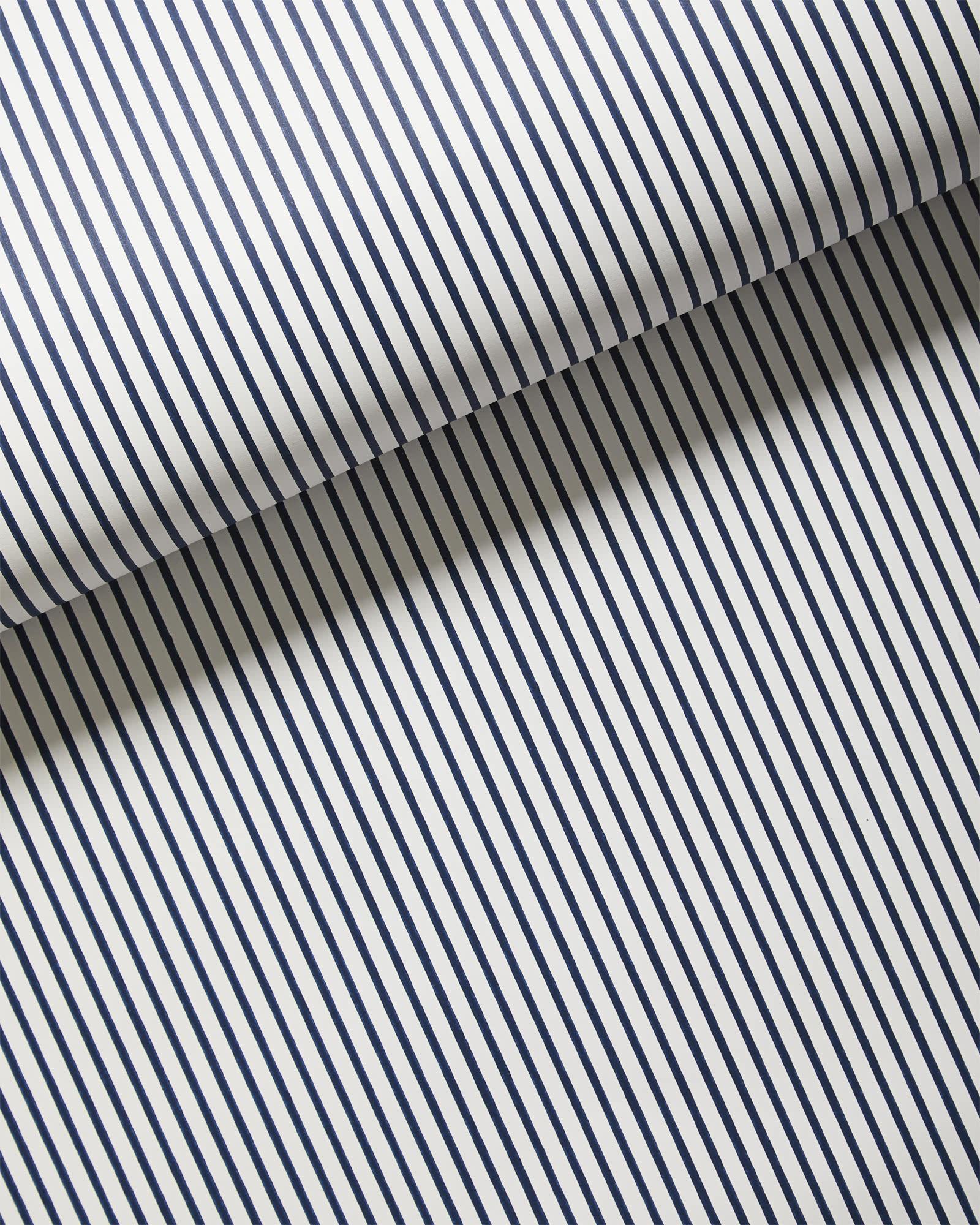 Wallpaper_Oxford_Stripe_Navy_MV_1388_Crop_BASE.jpg
