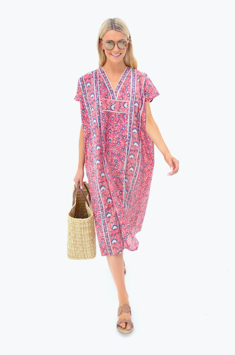 this  chic caftan  is about to be part of our warm weather uniform!